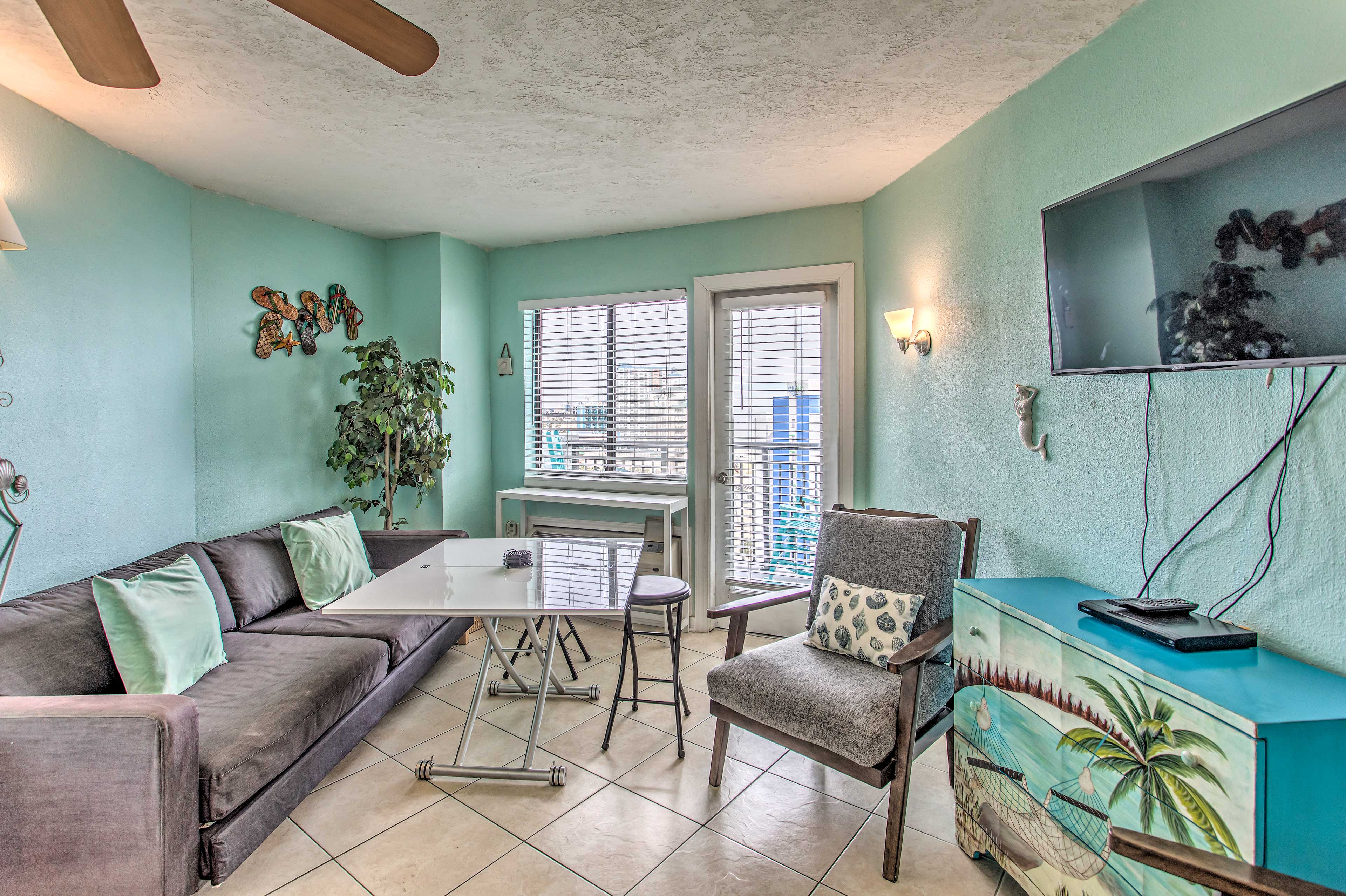Living Room | Cable TV | Private Balcony Access