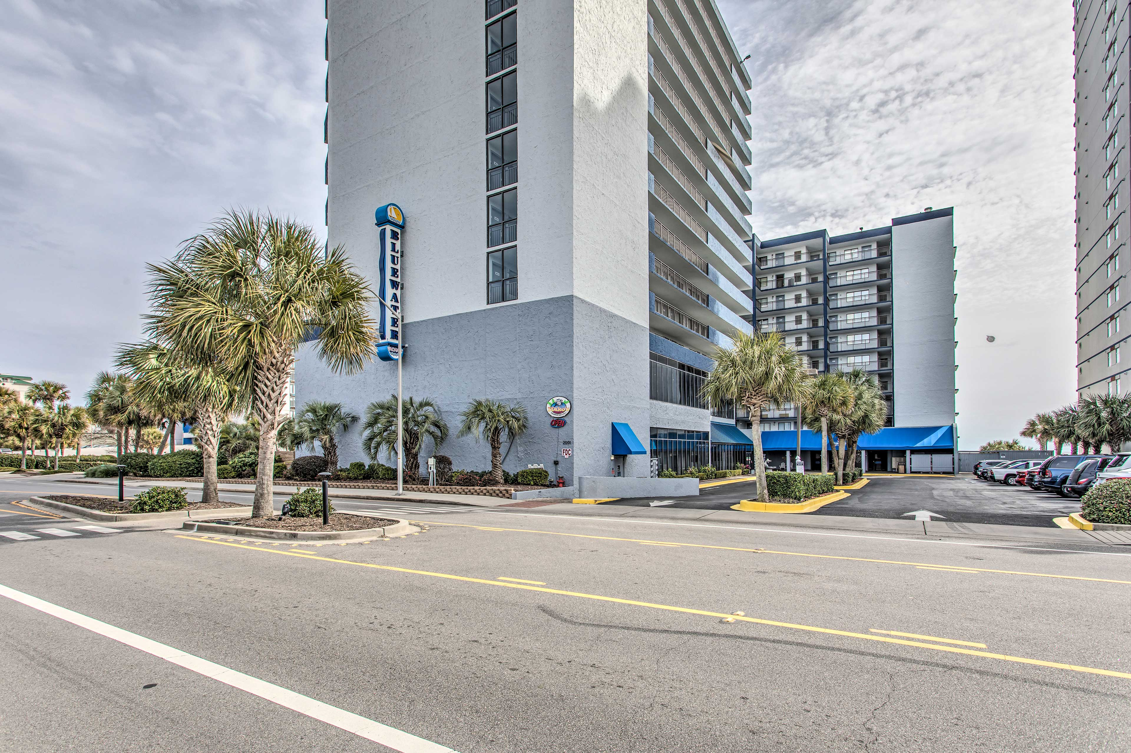 Condo Exterior | 2 Complimentary Parking Passes for Parking