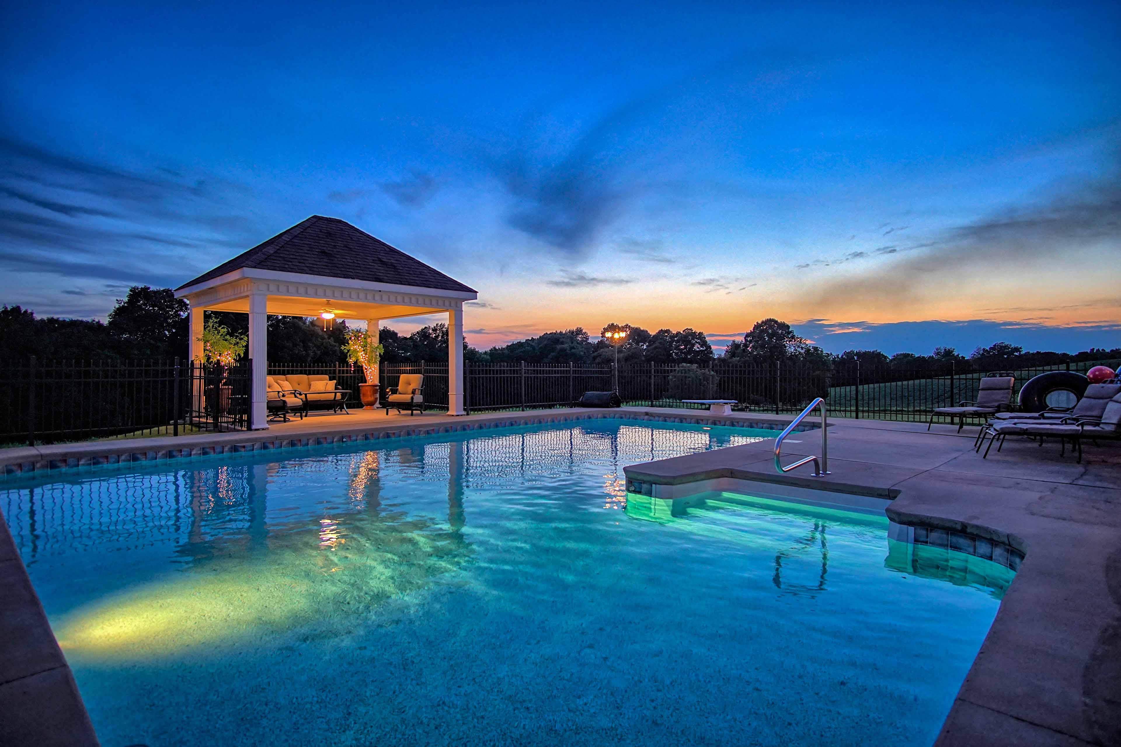 This vacation rental home comfortably sleeps groups of up to 10.