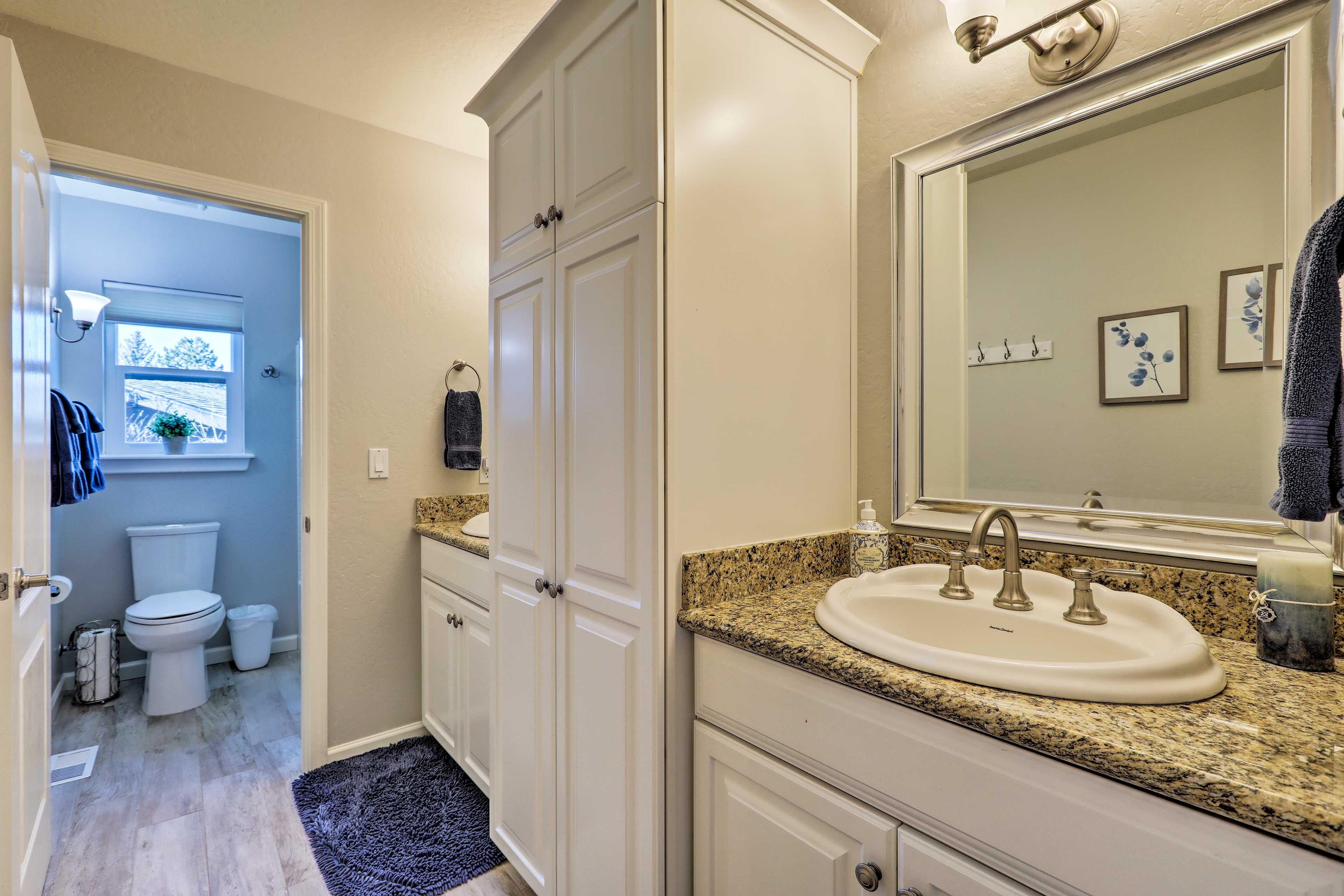 Dual sinks provide plenty of room to freshen up.