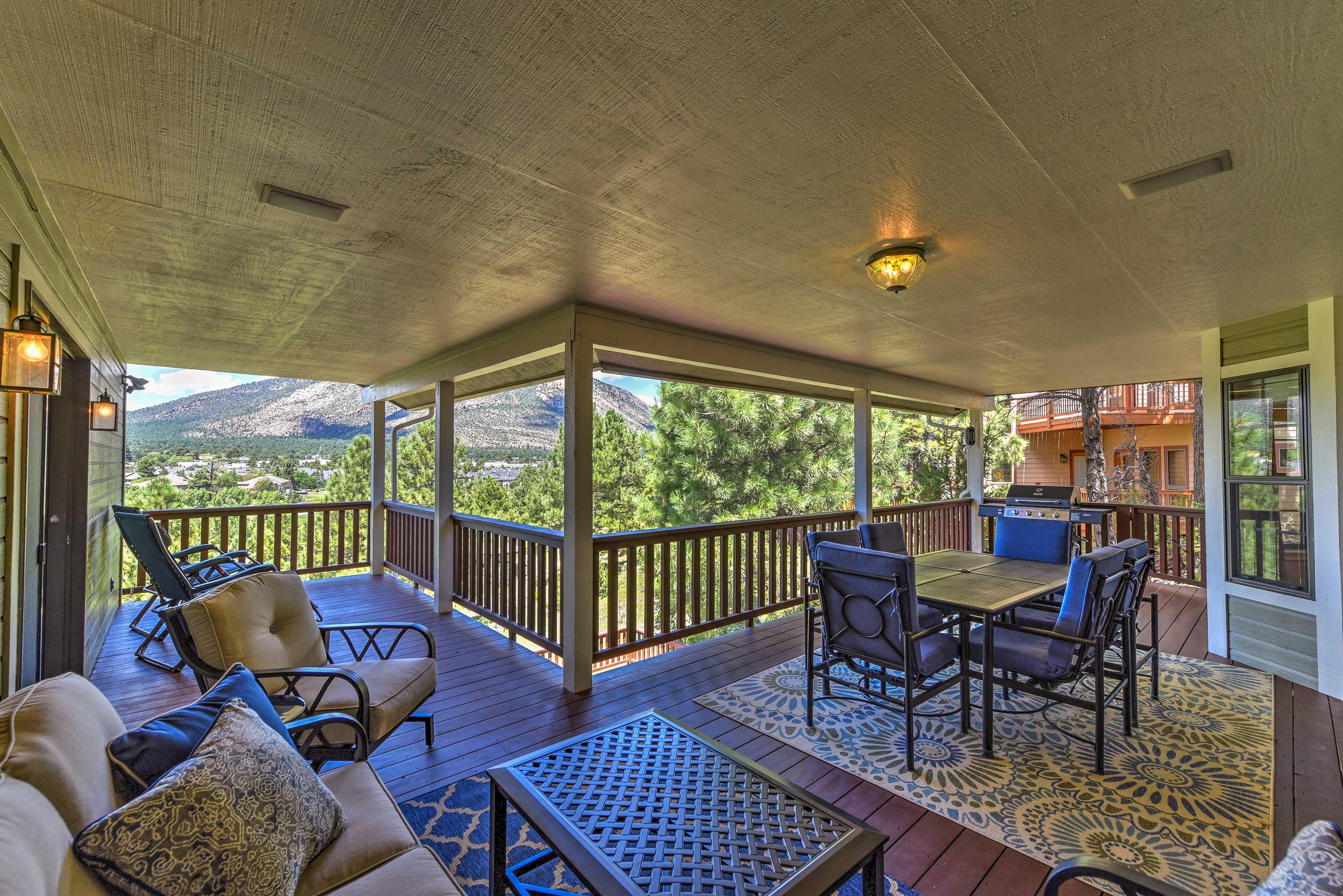 Explore Flagstaff, Arizona from this 4-bedroom, 3-bath vacation rental house!