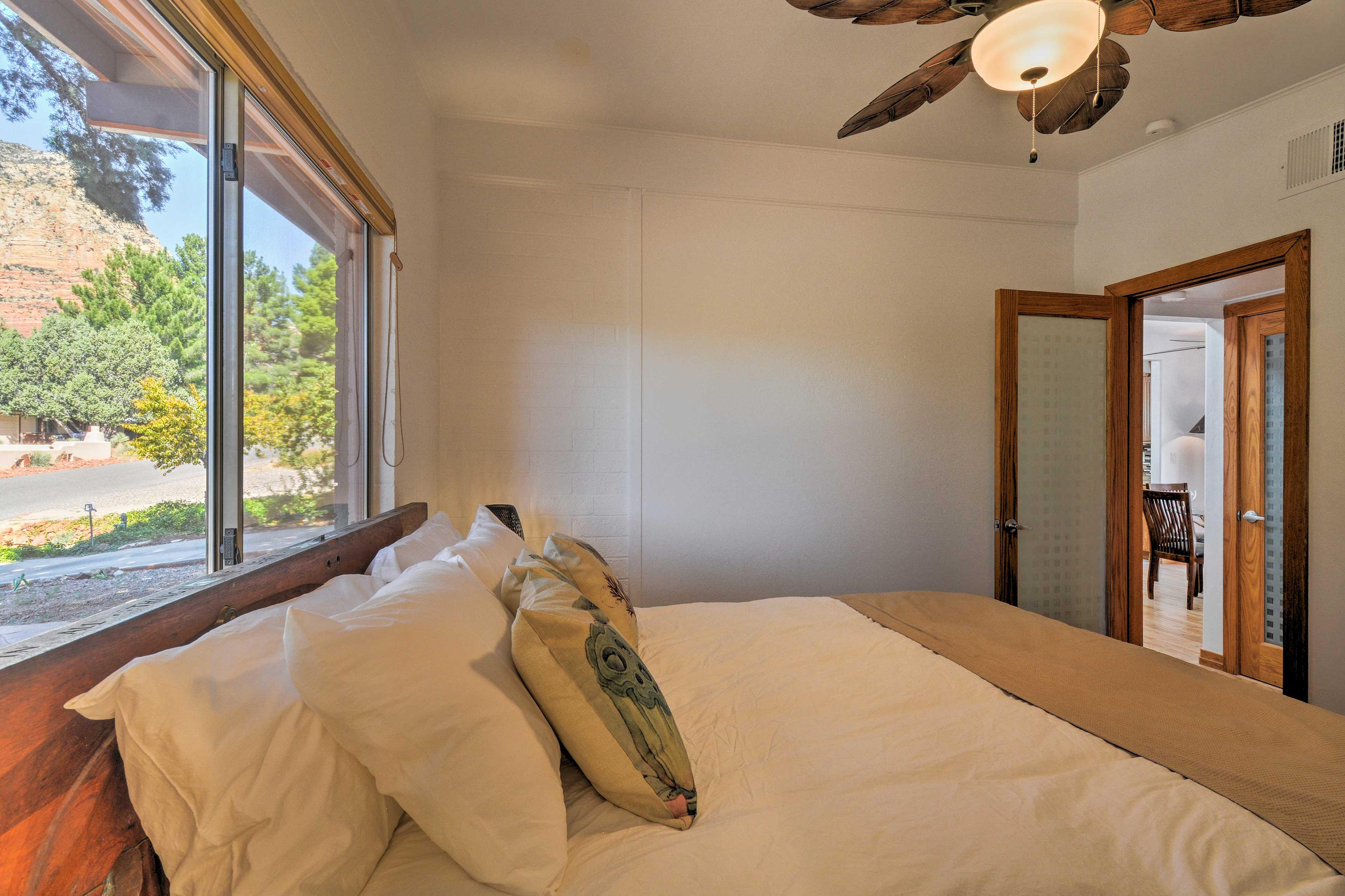Master Bedroom | Natural Sunlight