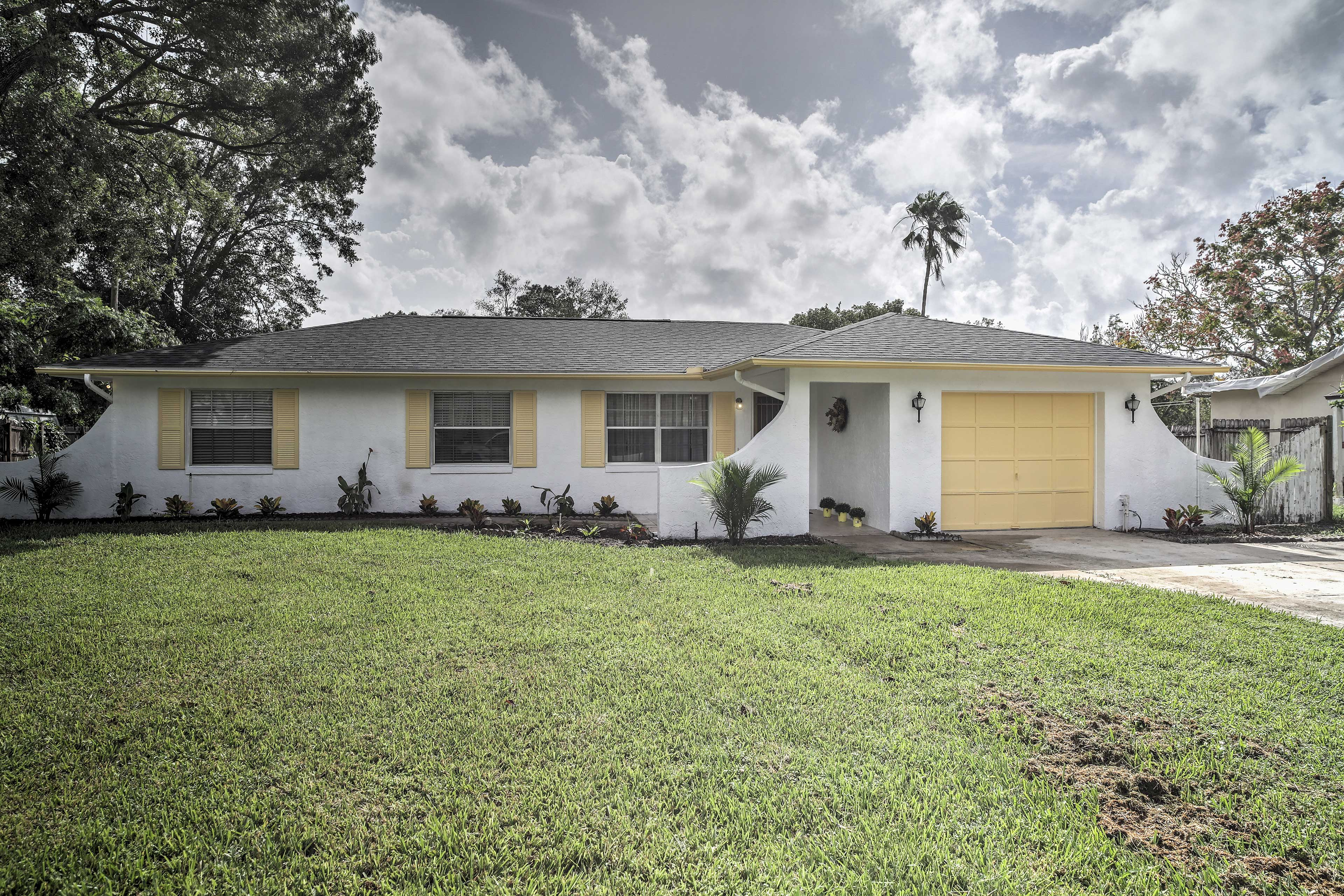 This 4-bed, 2-bath vacation rental home is ideal for a memorable family getaway.