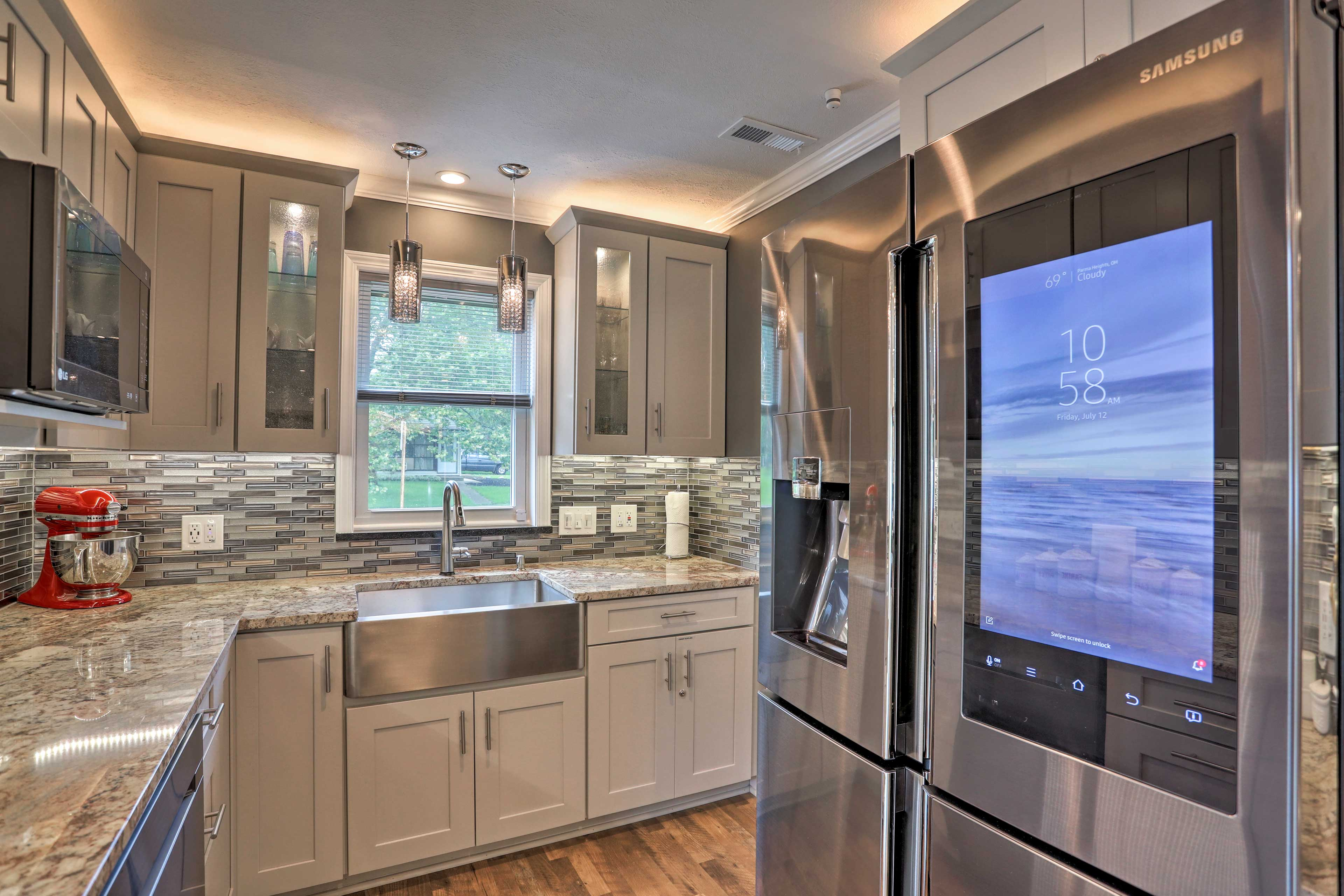Enjoy the stainless steel appliances!