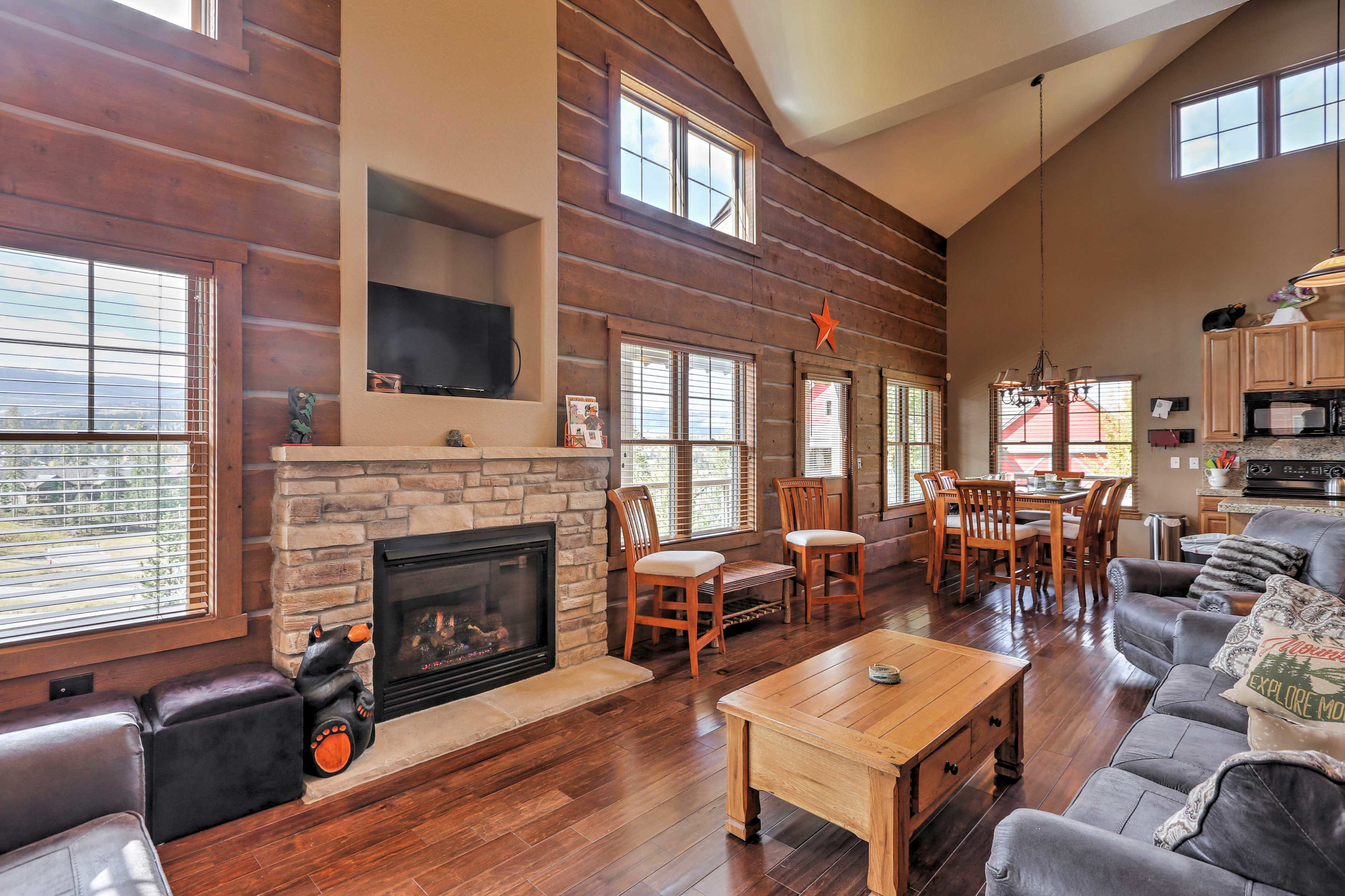Enter the 3,237-square-foot home to find an open floor plan and high ceilings.
