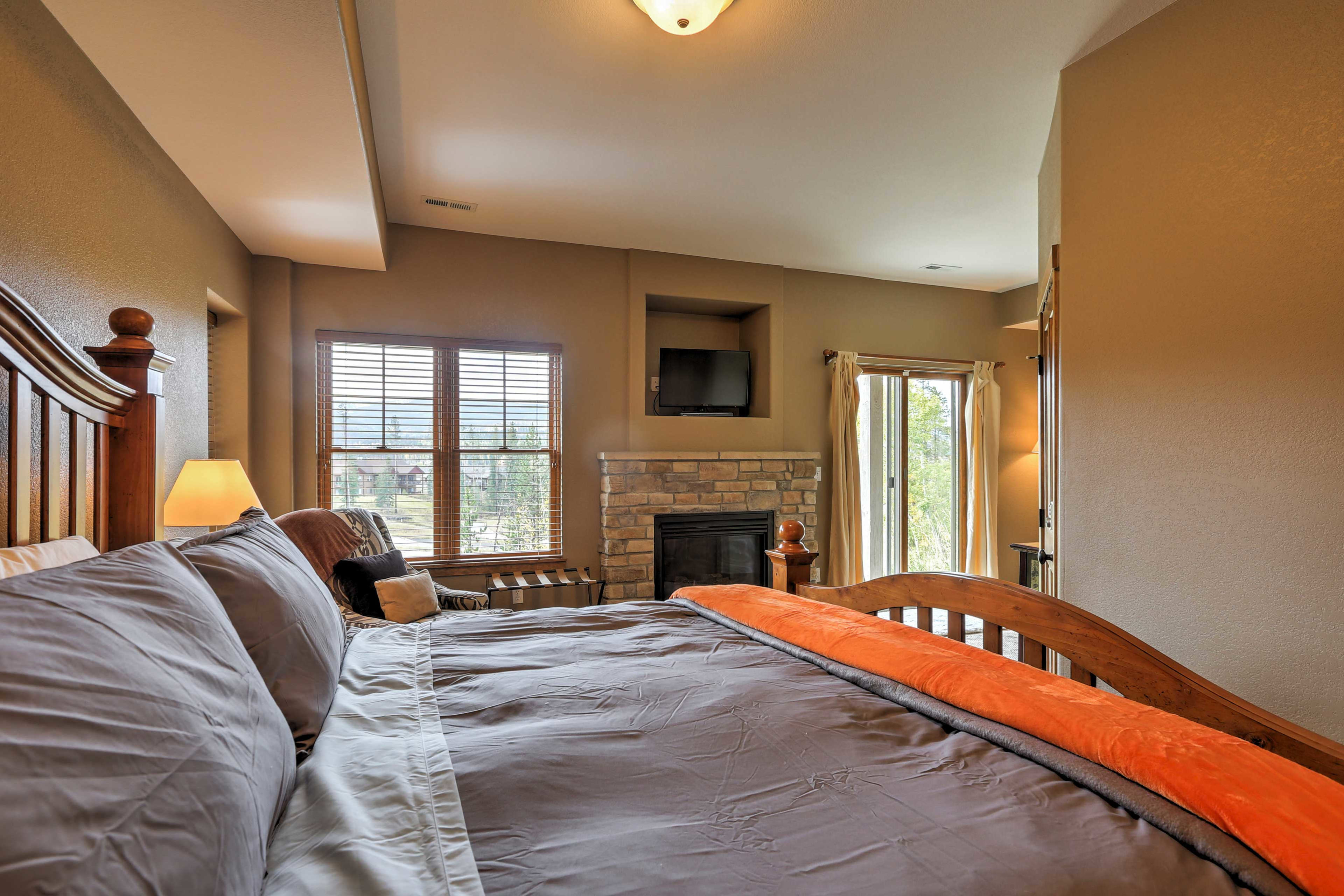 Turn on the gas fireplace or wander out to the balcony in the master bedroom.
