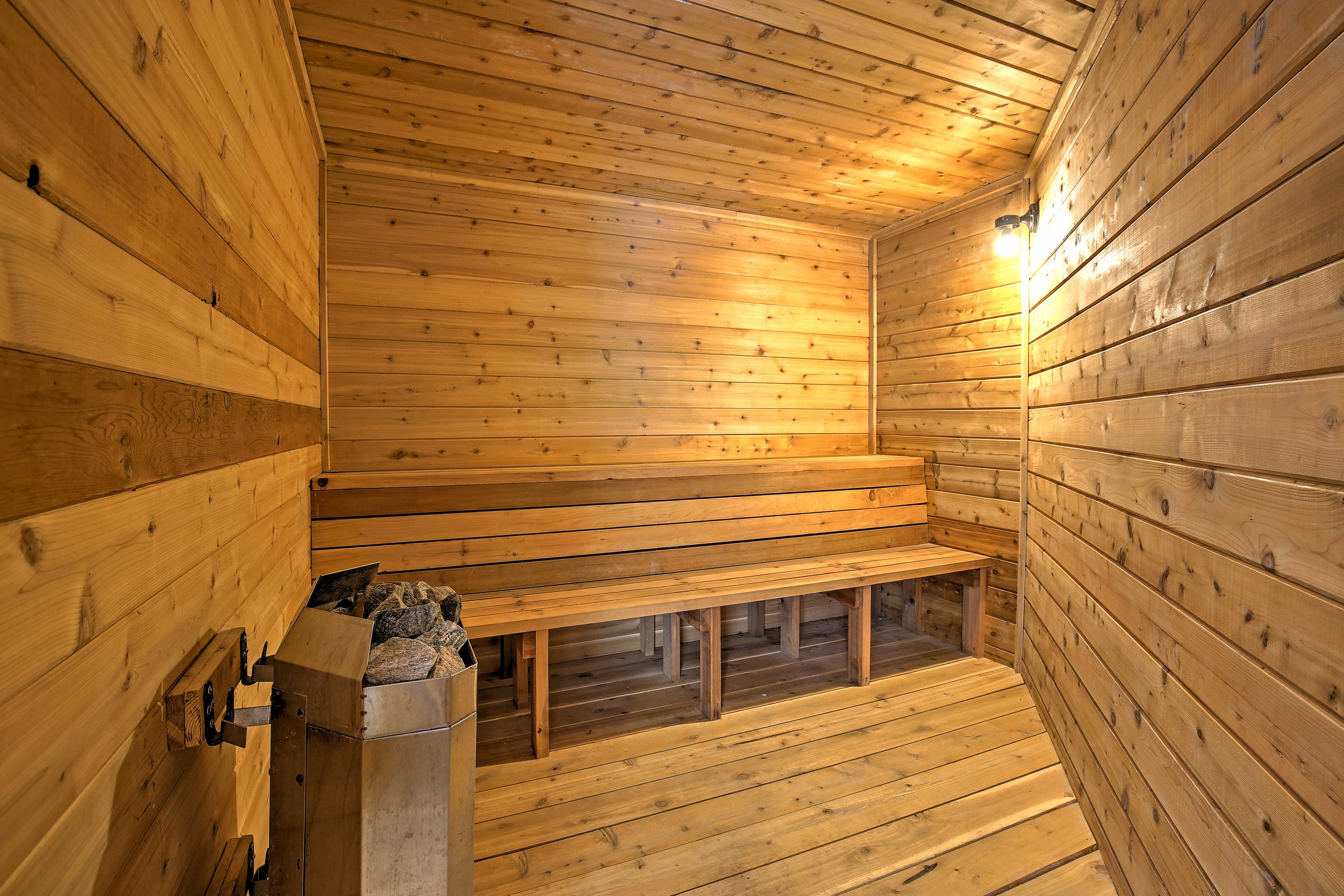 Detox in the dry sauna.