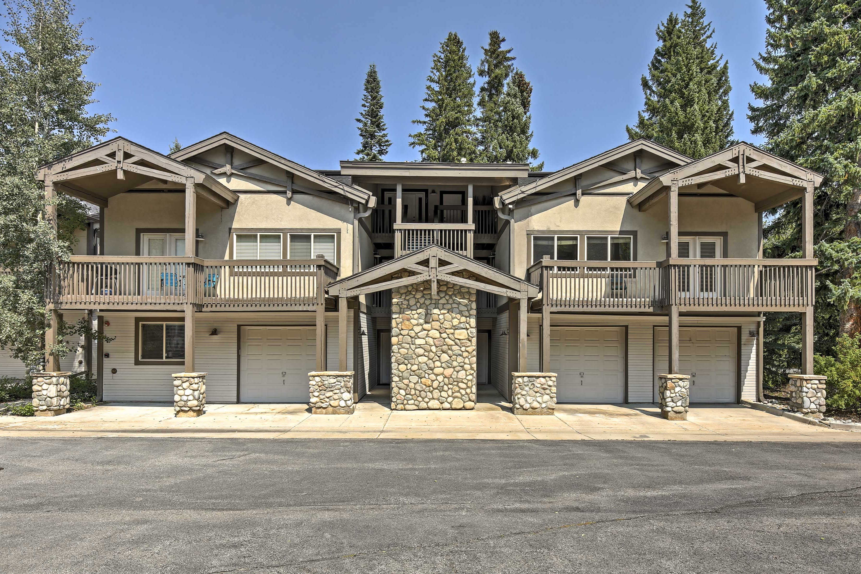 The rental is just off of Main Street & a short drive from ski resorts!