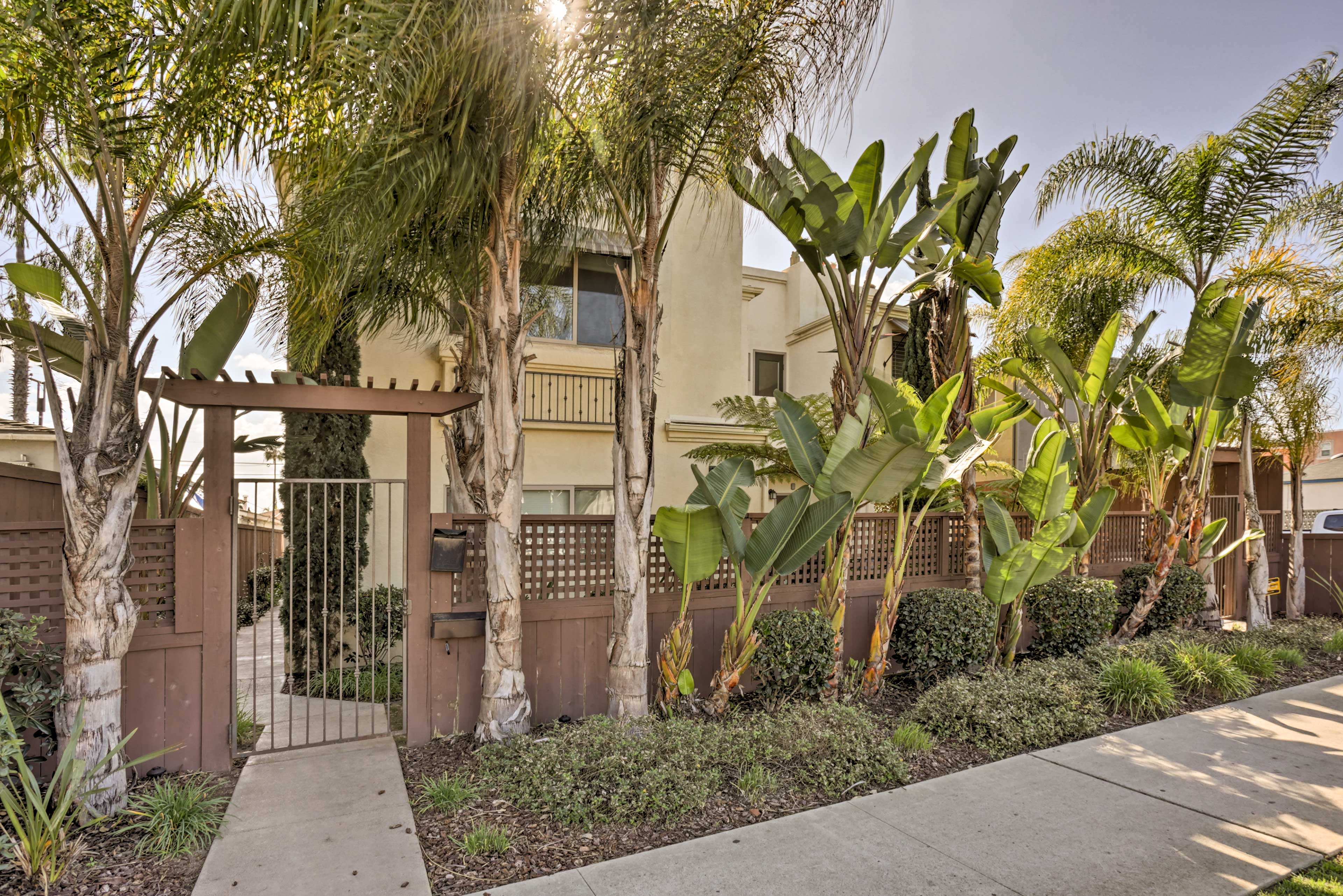 Situated in the heart of Pacific Beach, you'll be in the hub of major sites!