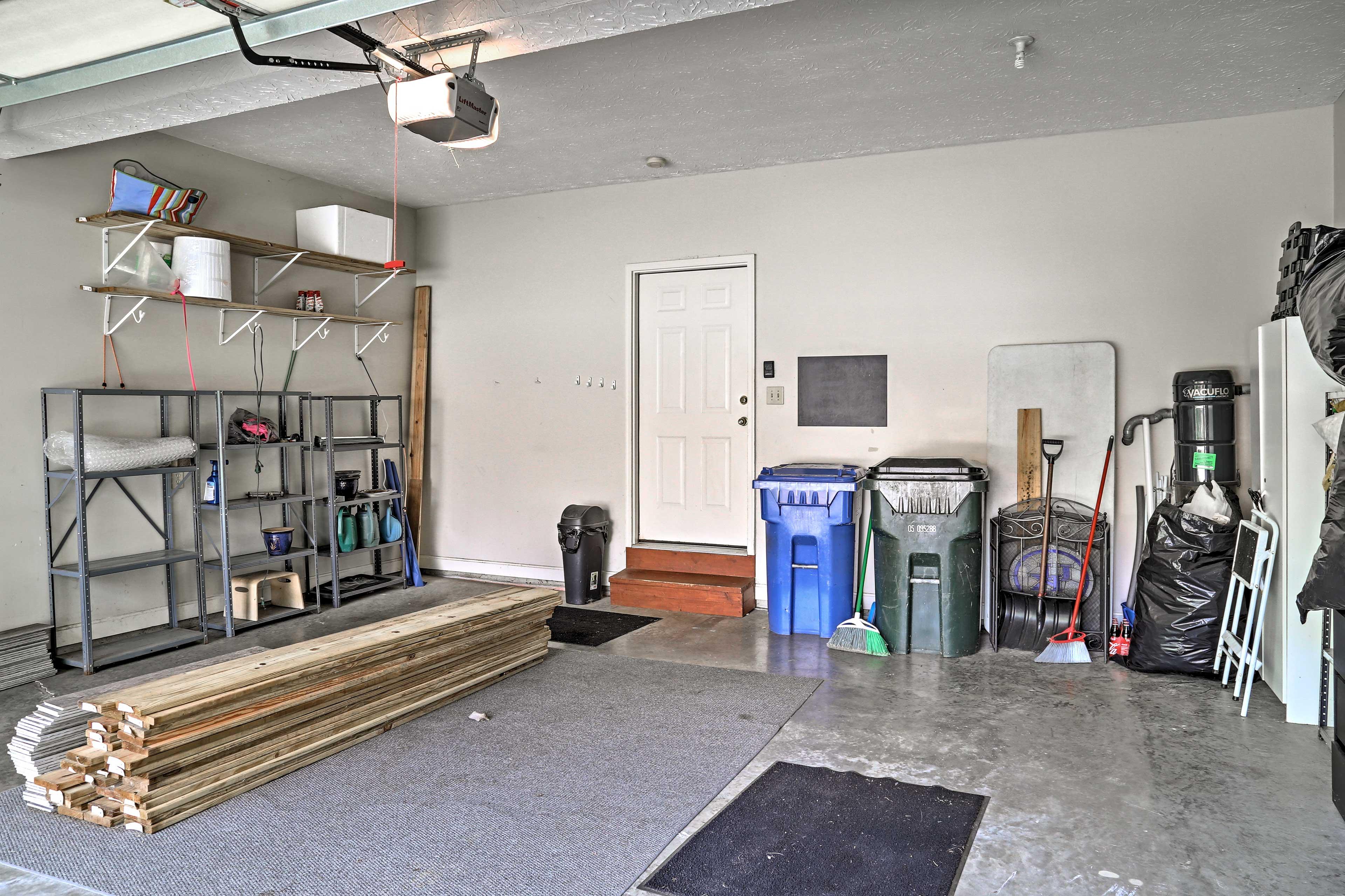 You'll find plenty of storage space in the garage.