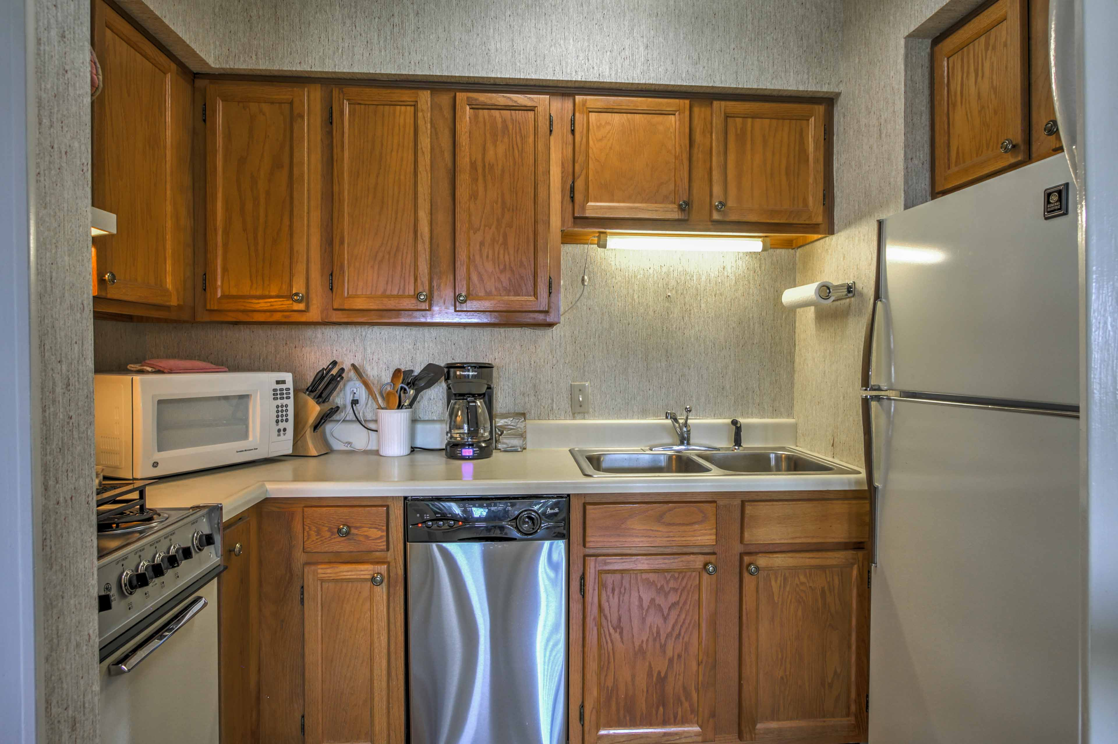 Cook tasty meals in the well-equipped kitchenette.