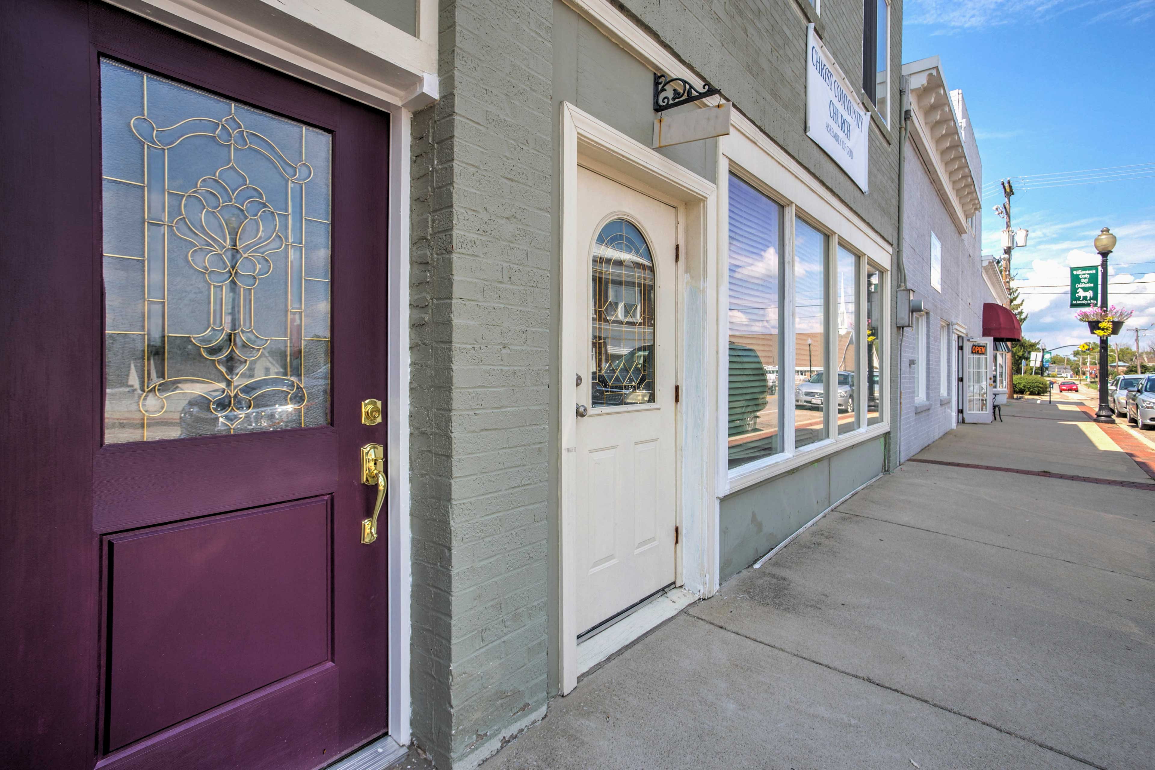Make yourself at home in this lovely Williamstown studio vacation rental.