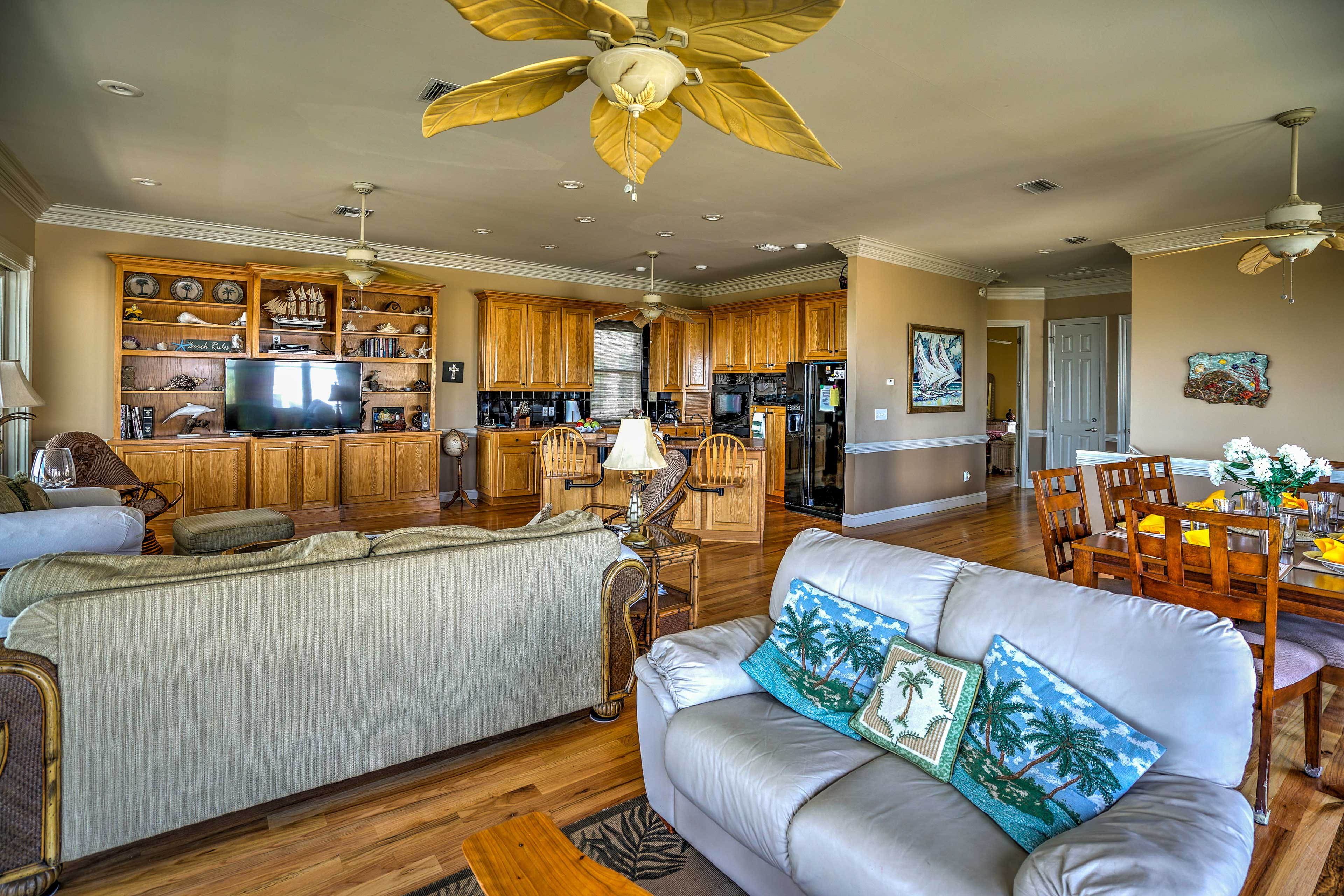 Kick back and relax in the comfy living area and watch a movie on the cable TV.