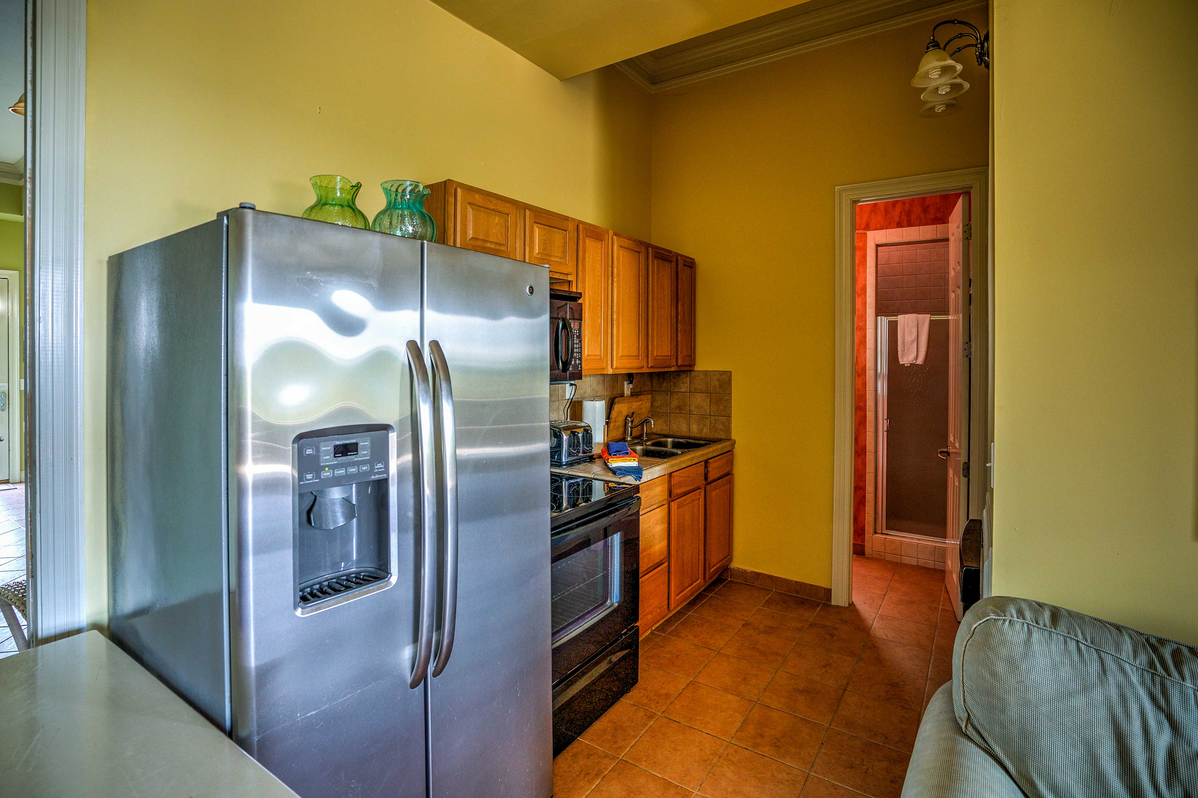 Cook up tasty meals in the second fully equipped kitchen.