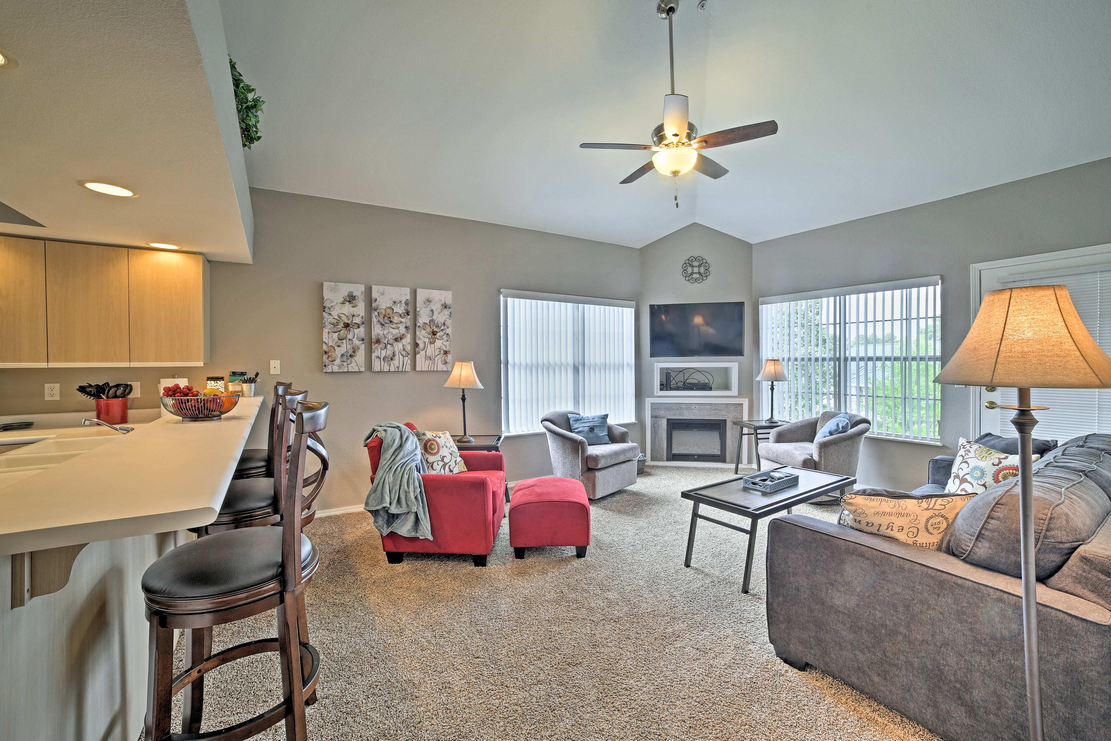 Unwind in this 3-bedroom, 3-bathroom vacation rental condo in Branson.