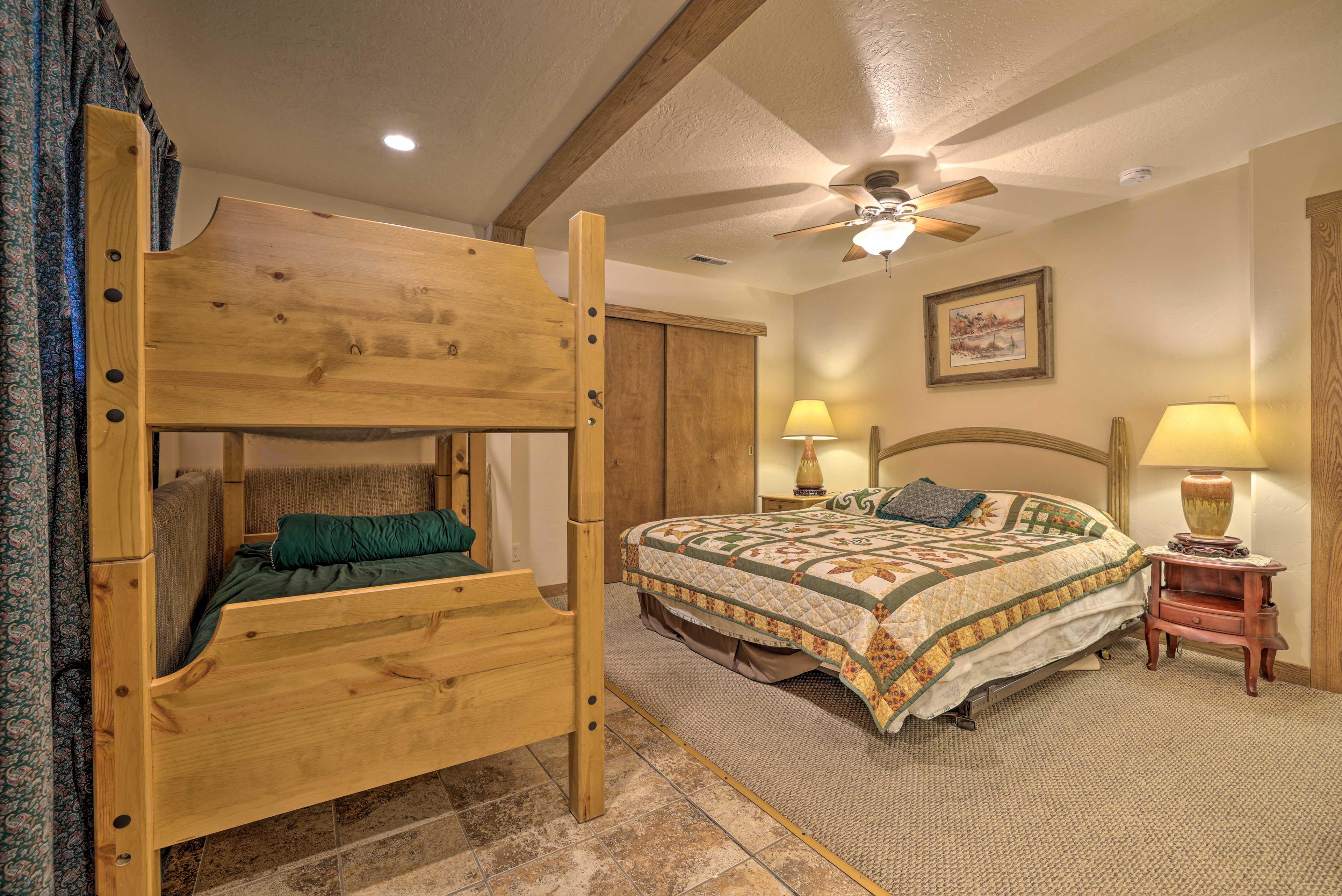 Bedroom 1   King Bed   Twin Bunk Bed