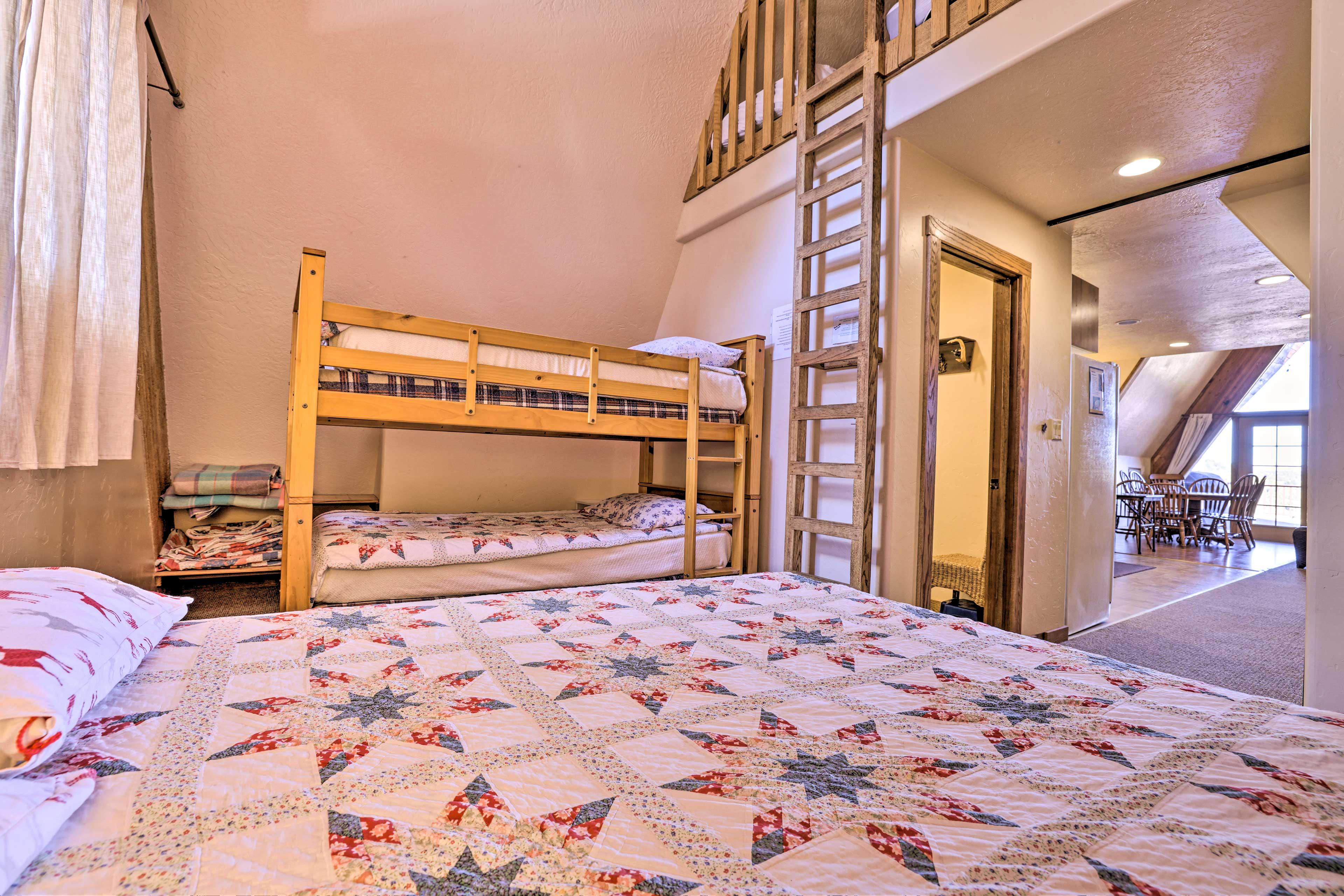 Bedroom 2   Access to Loft
