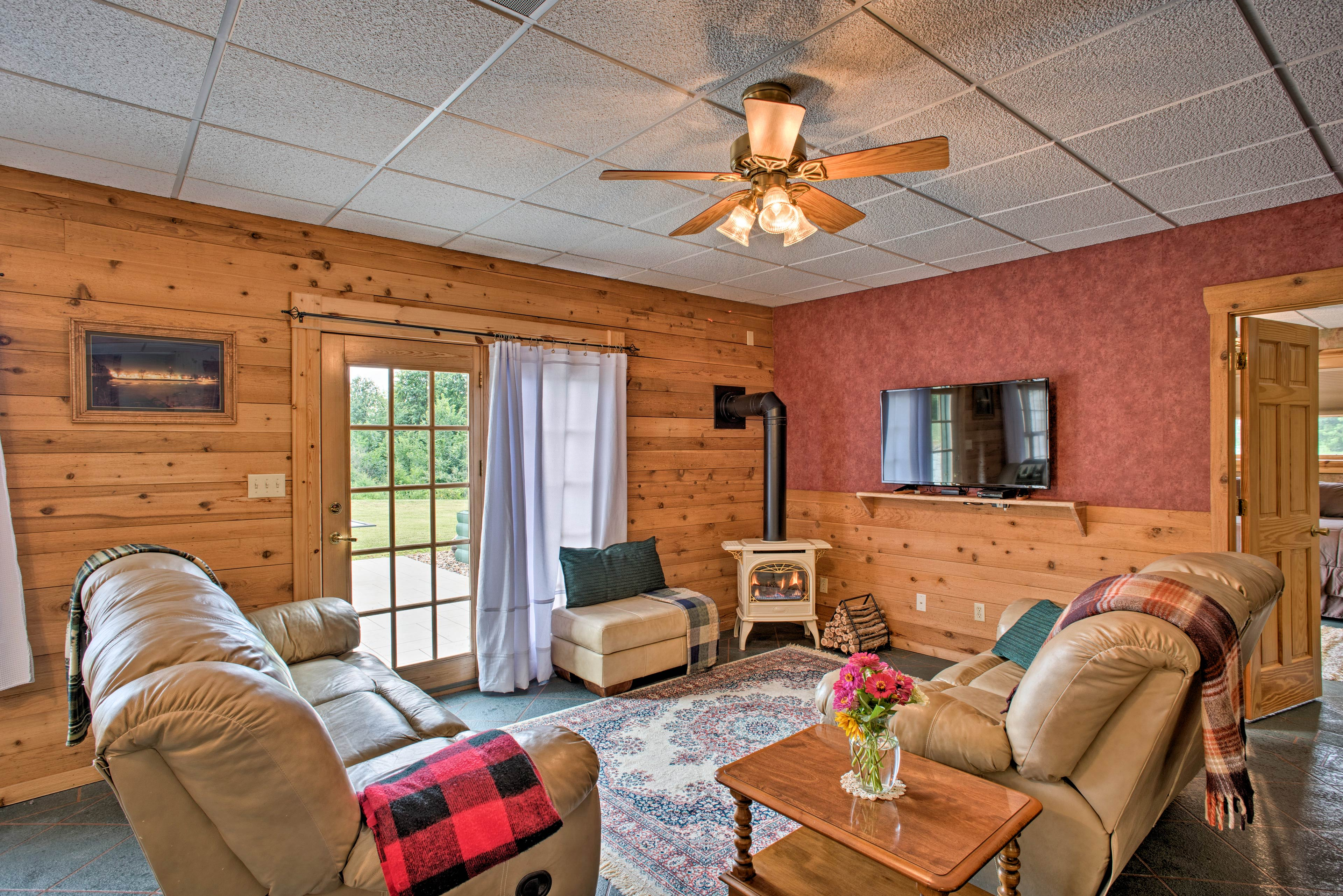 Discover the small town charm of Keosauqua at this vacation rental apartment!