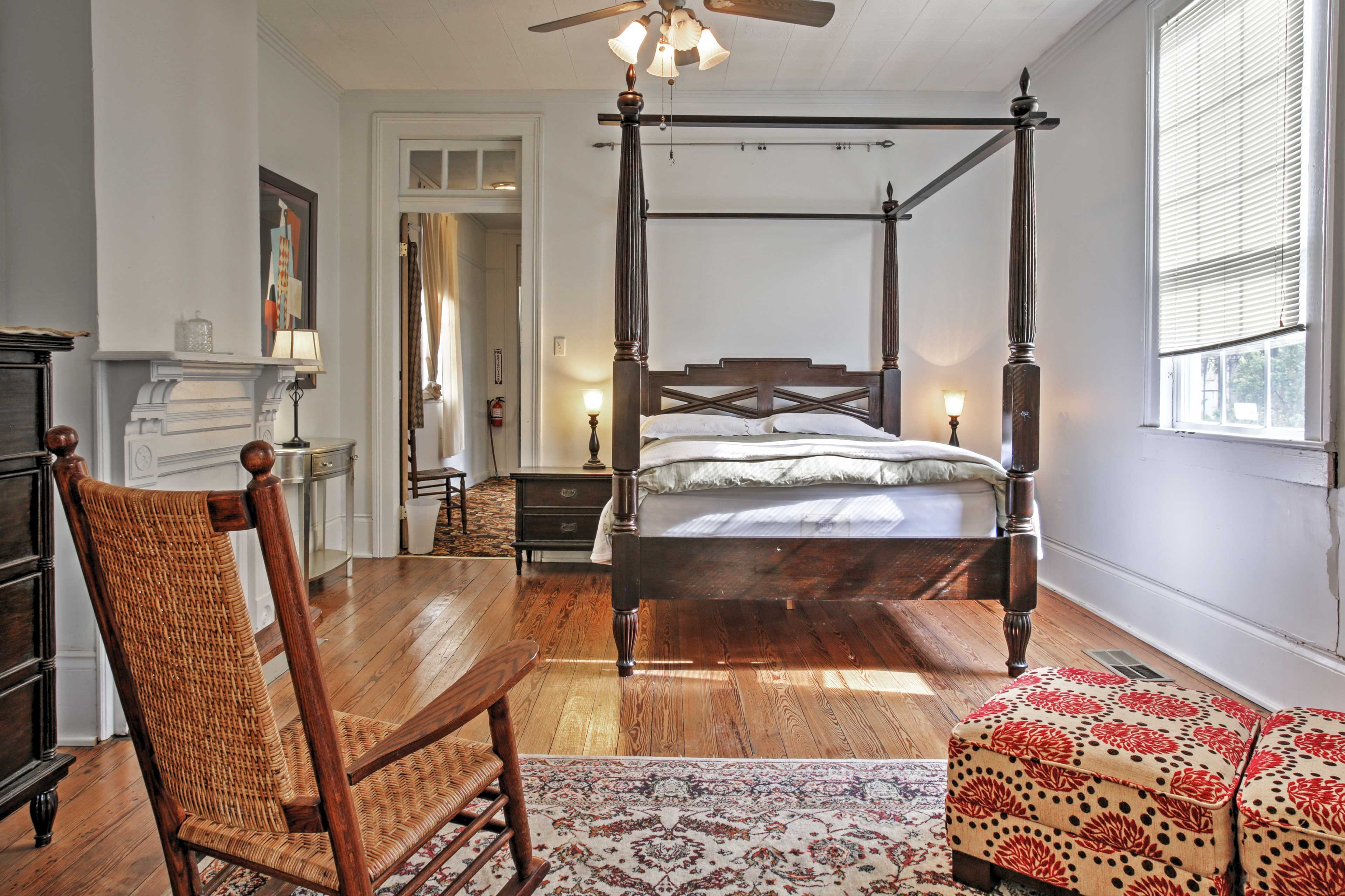 Rest easy in the master bedroom in the plush queen bed.