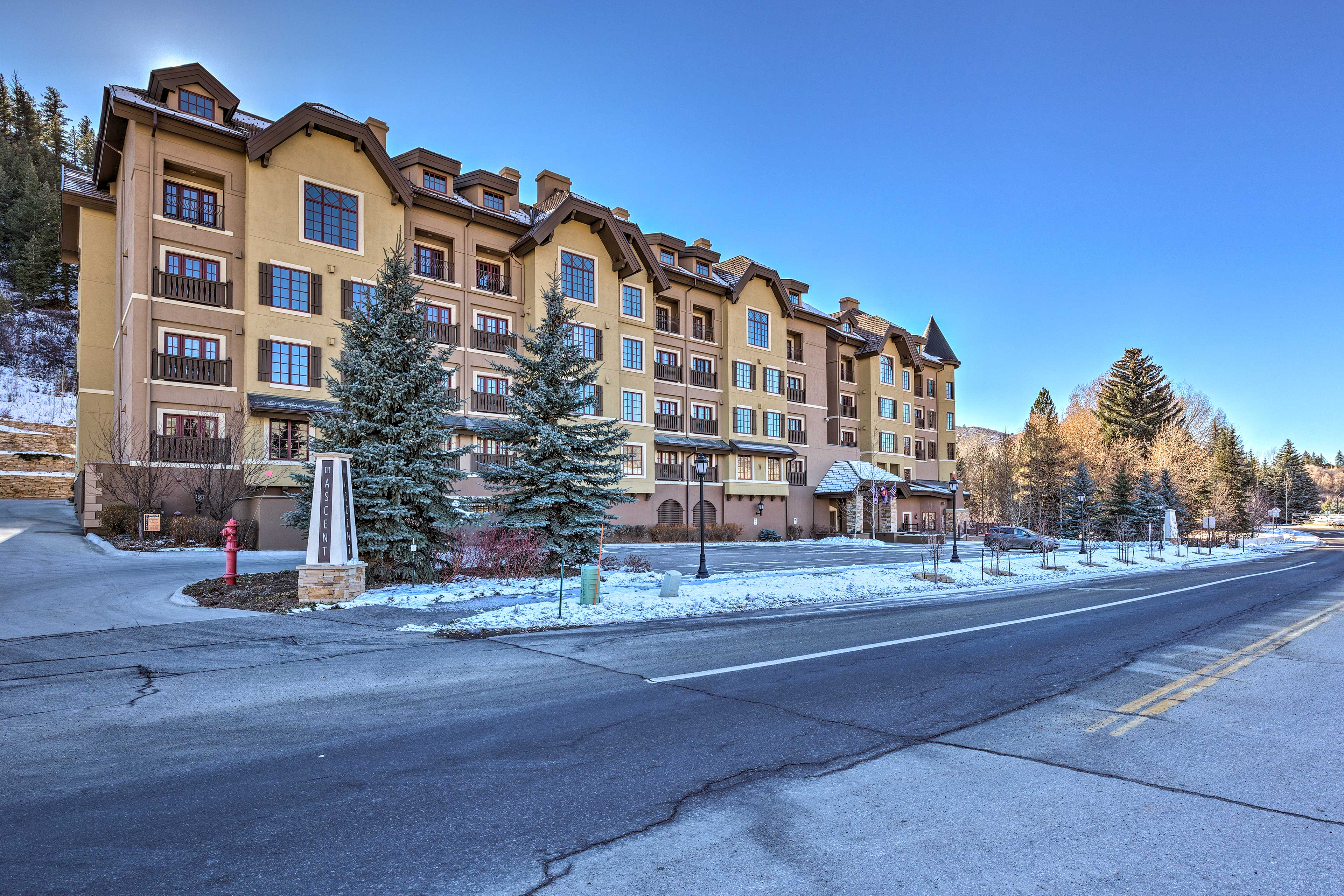 This condo is situated in the heart of Avon, adjacent to Beaver Creek Resort!