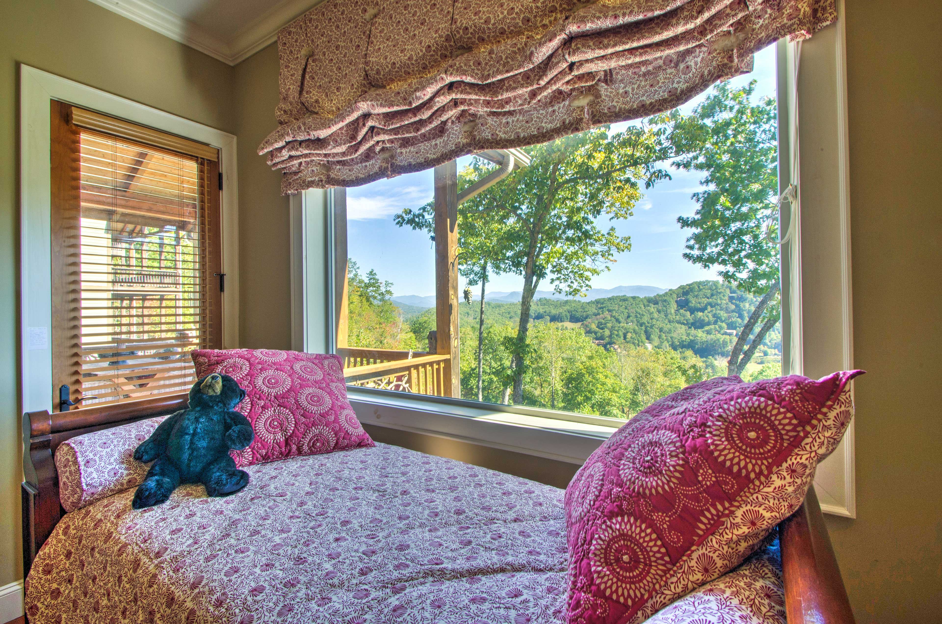 Wake up to mountain views every morning!