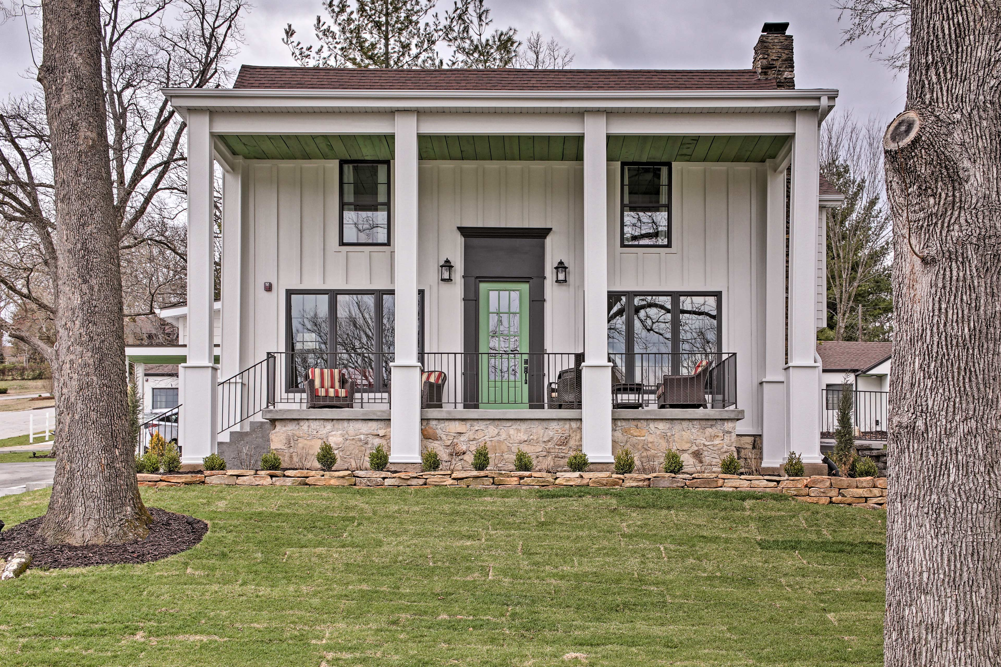 Explore Branson from this centrally located  vacation rental house!
