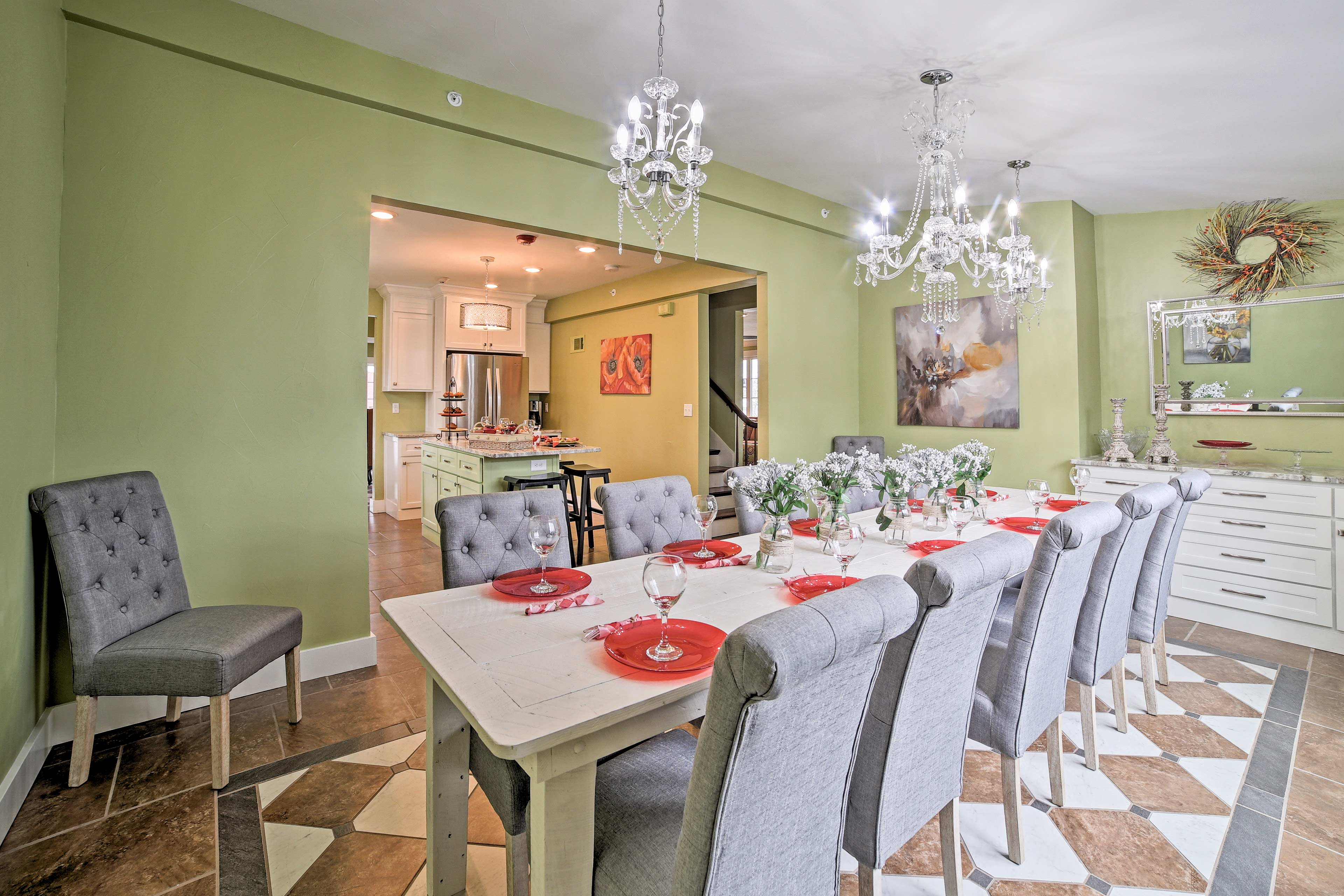 Set the dining table  and savor dinner with up to 12 guests.