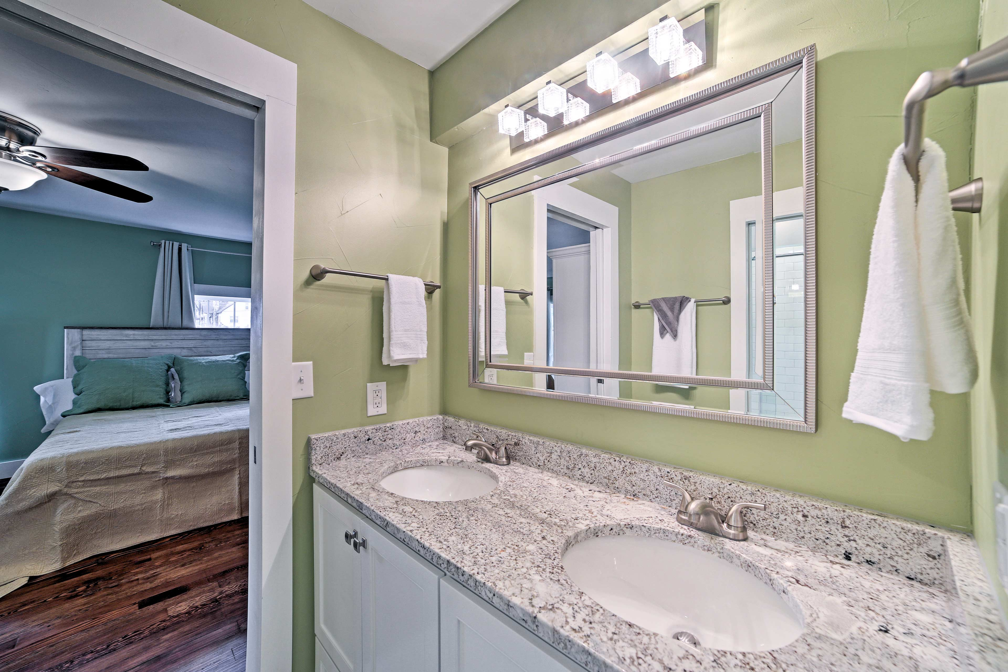 Share this Jack-and-Jill bathroom.