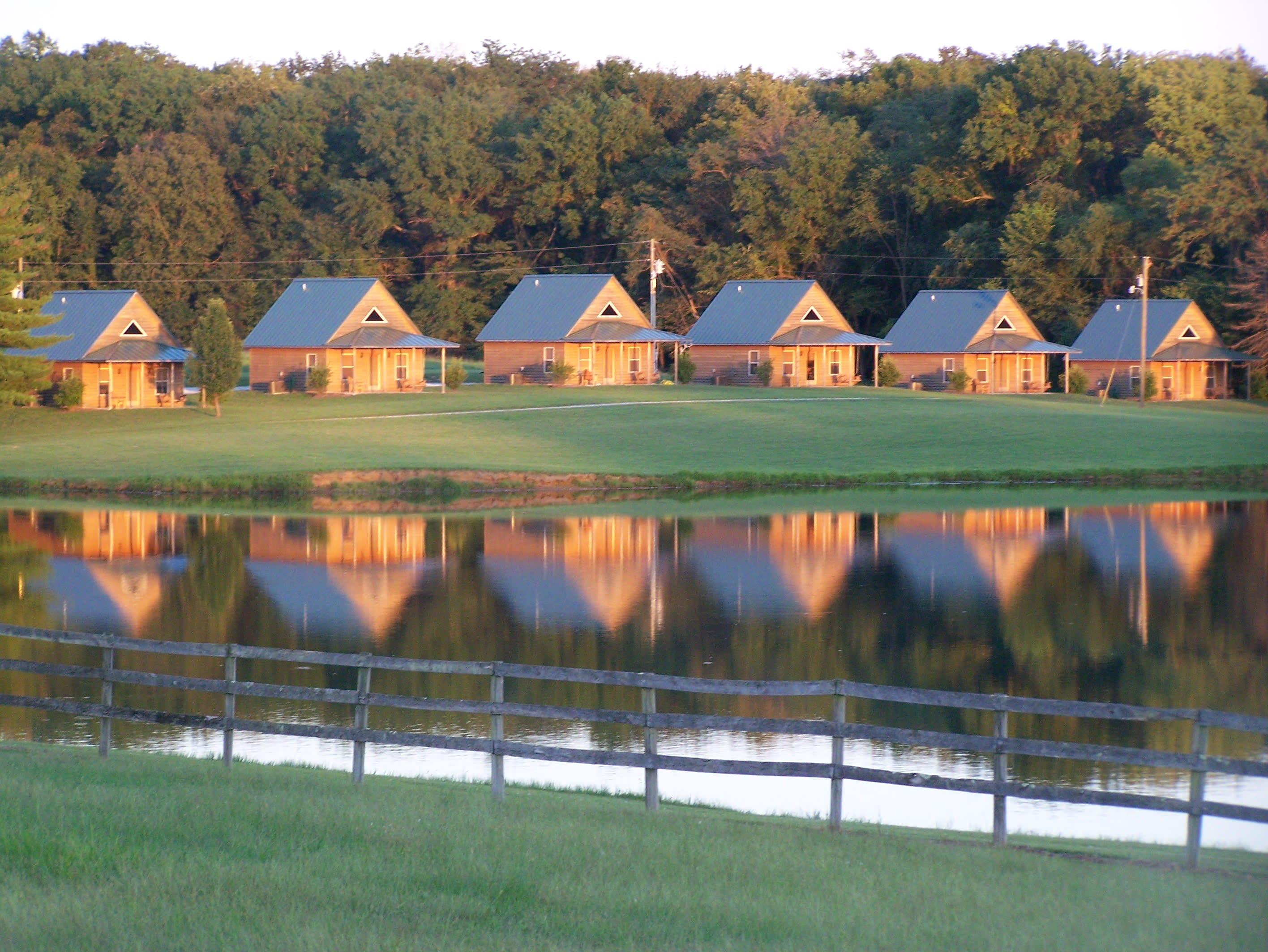 This cozy cabin is situated amidst the 167 acres of Cedar Creek Resort!