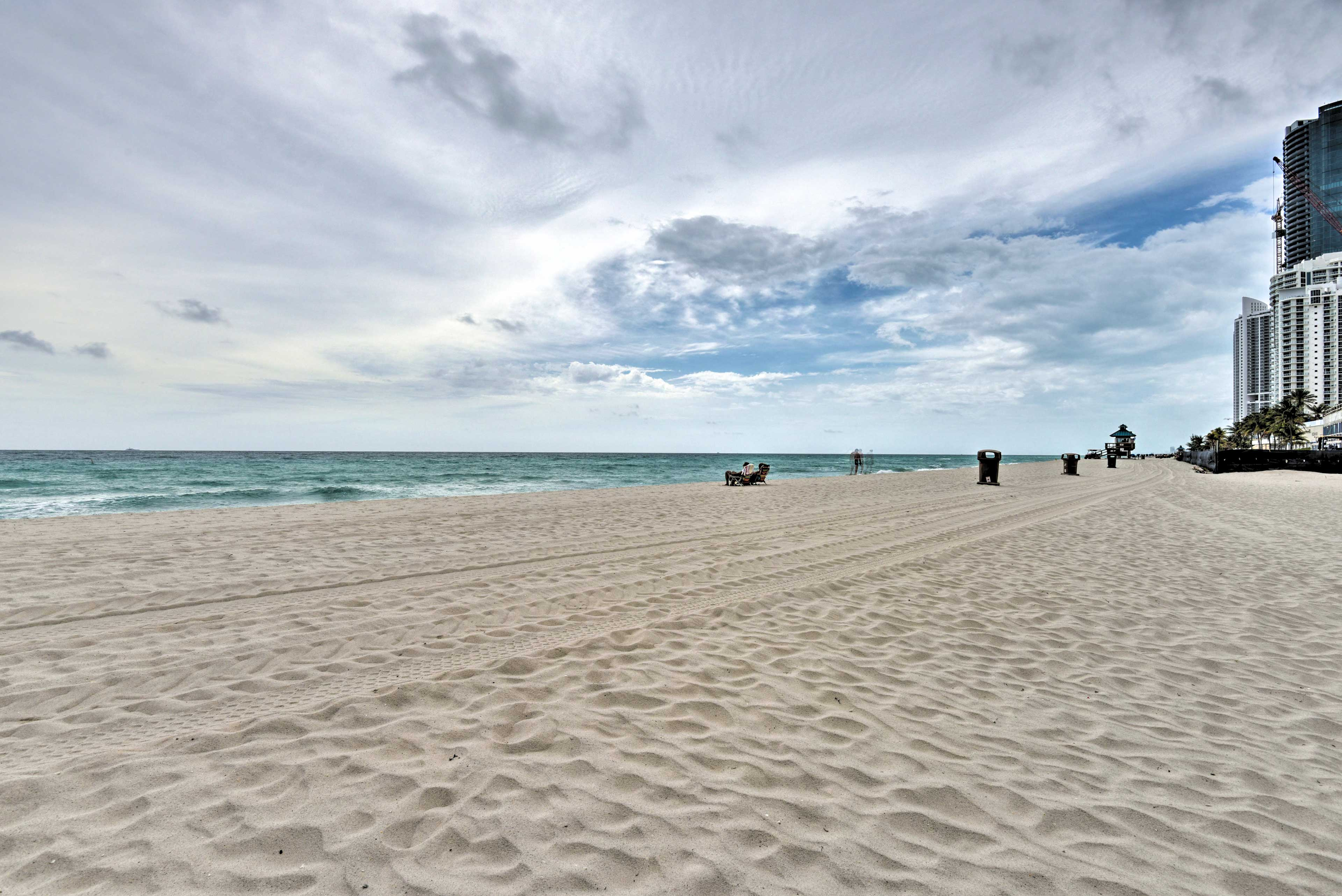 Book your Sunshine State getaway today!