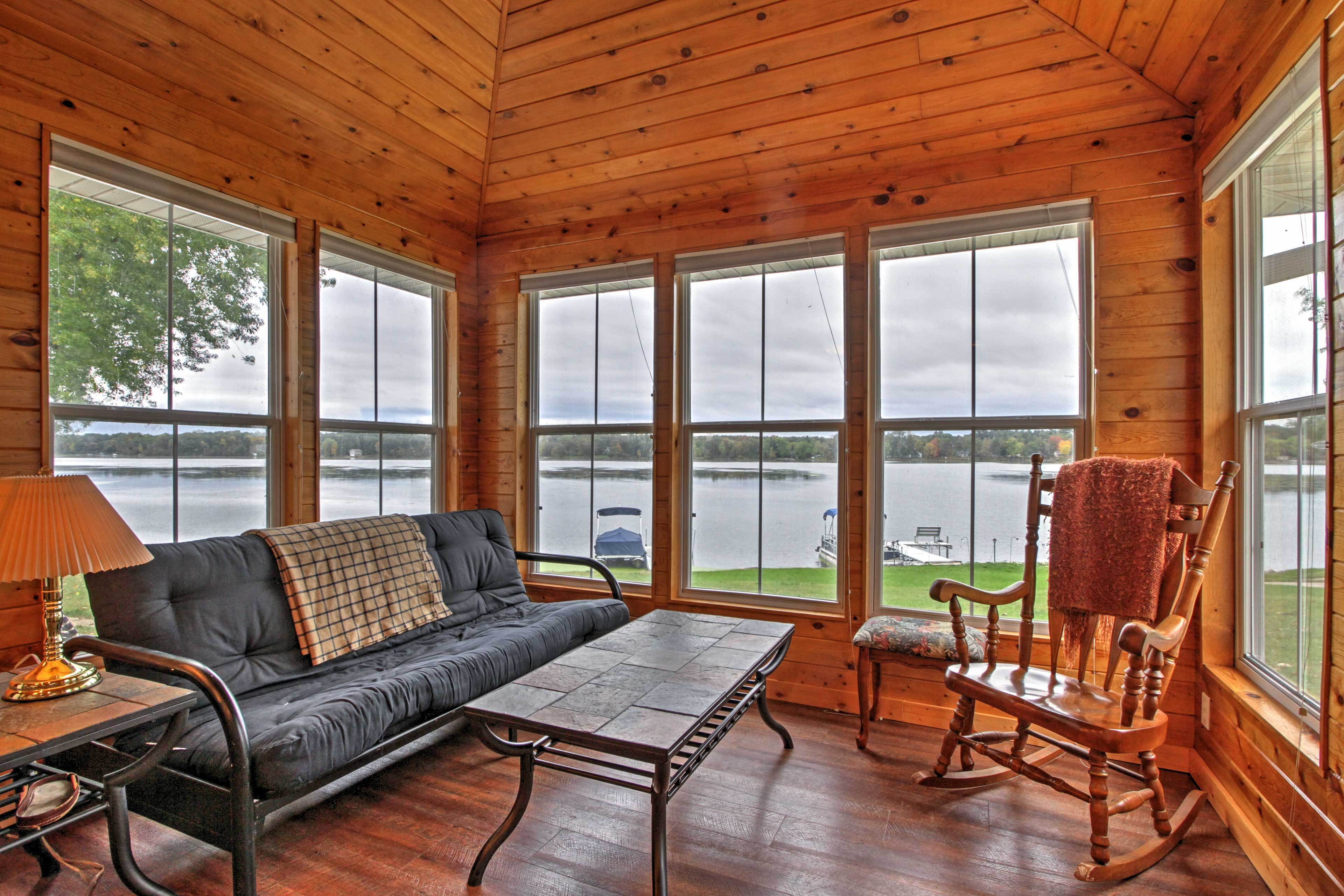 Panoramic views of the lake highlight the living room.