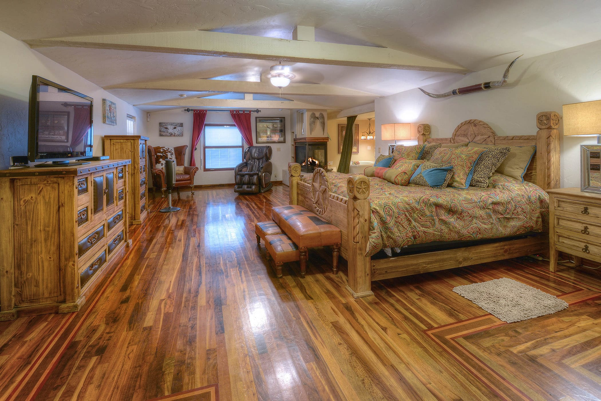 There are 5 bedrooms in the home, including the spacious master bedroom.