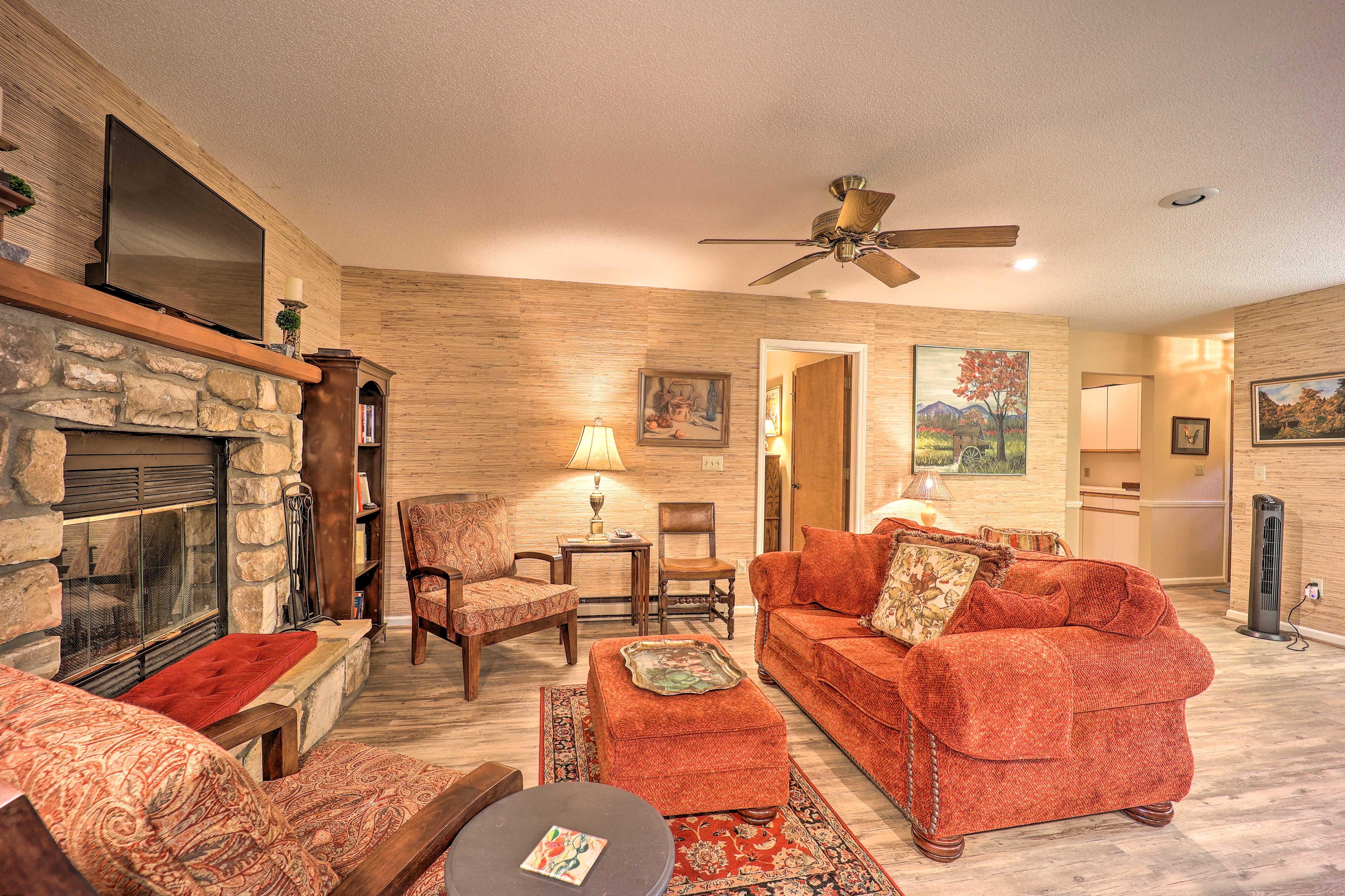 Main-Level Living Room | Updated Furnishings
