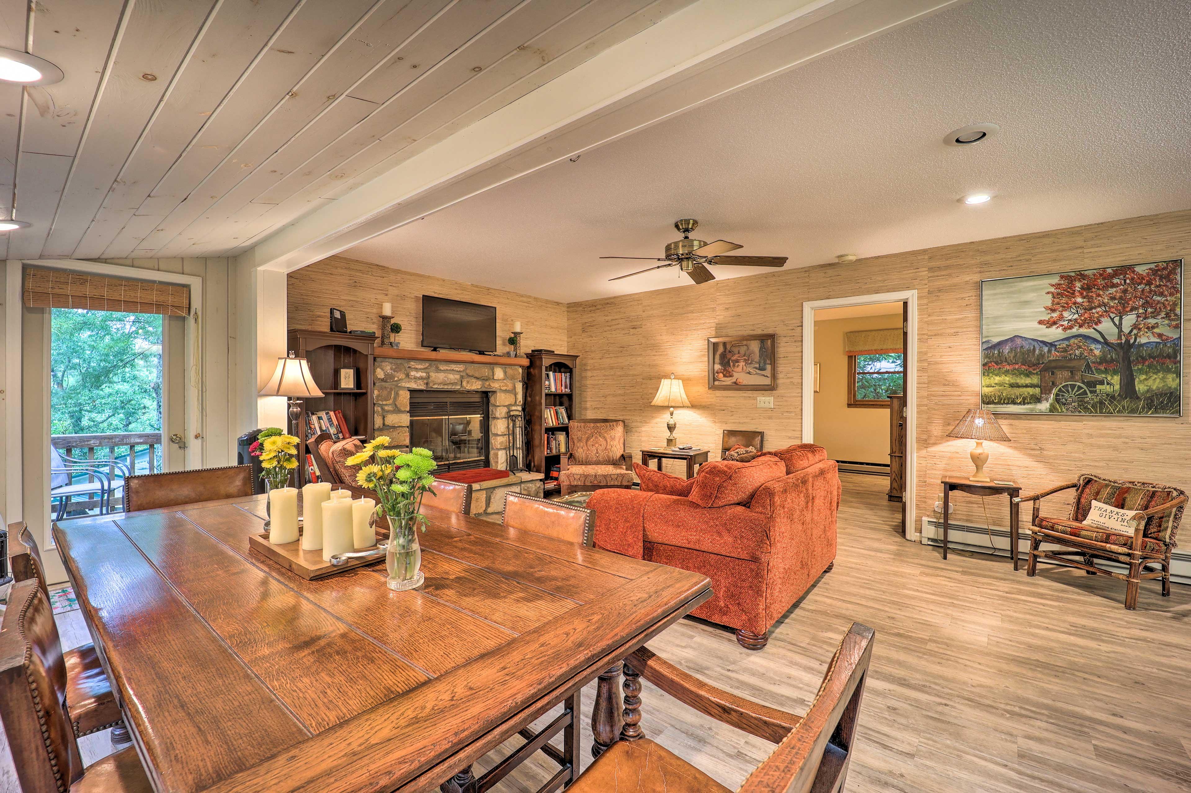 Newland Vacation Rental | 3 BD | 2.5 BA | 1,620 Sq Ft | 2 Stories