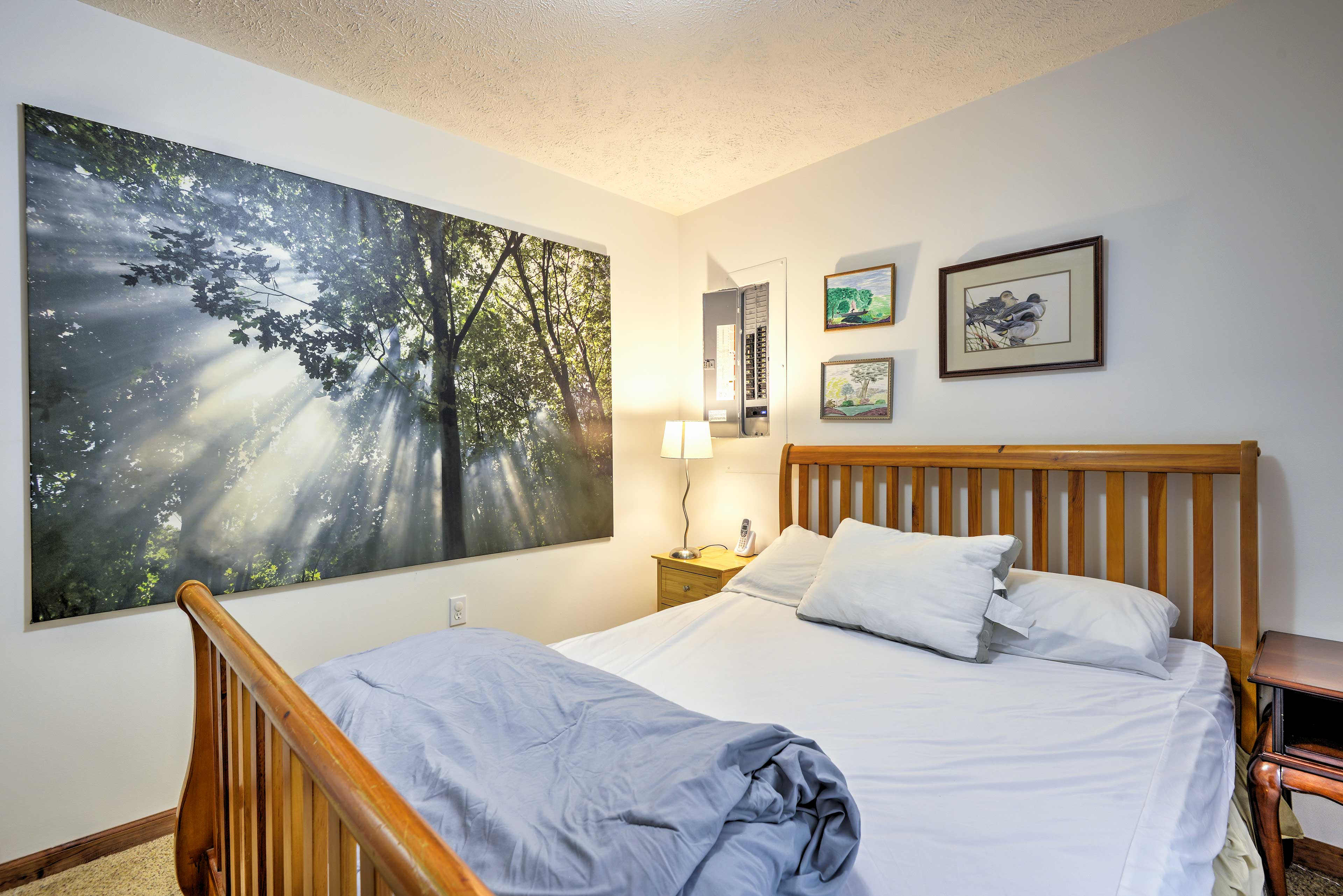 You'll find 3 bedrooms in the home with comfortable queen-sized beds.