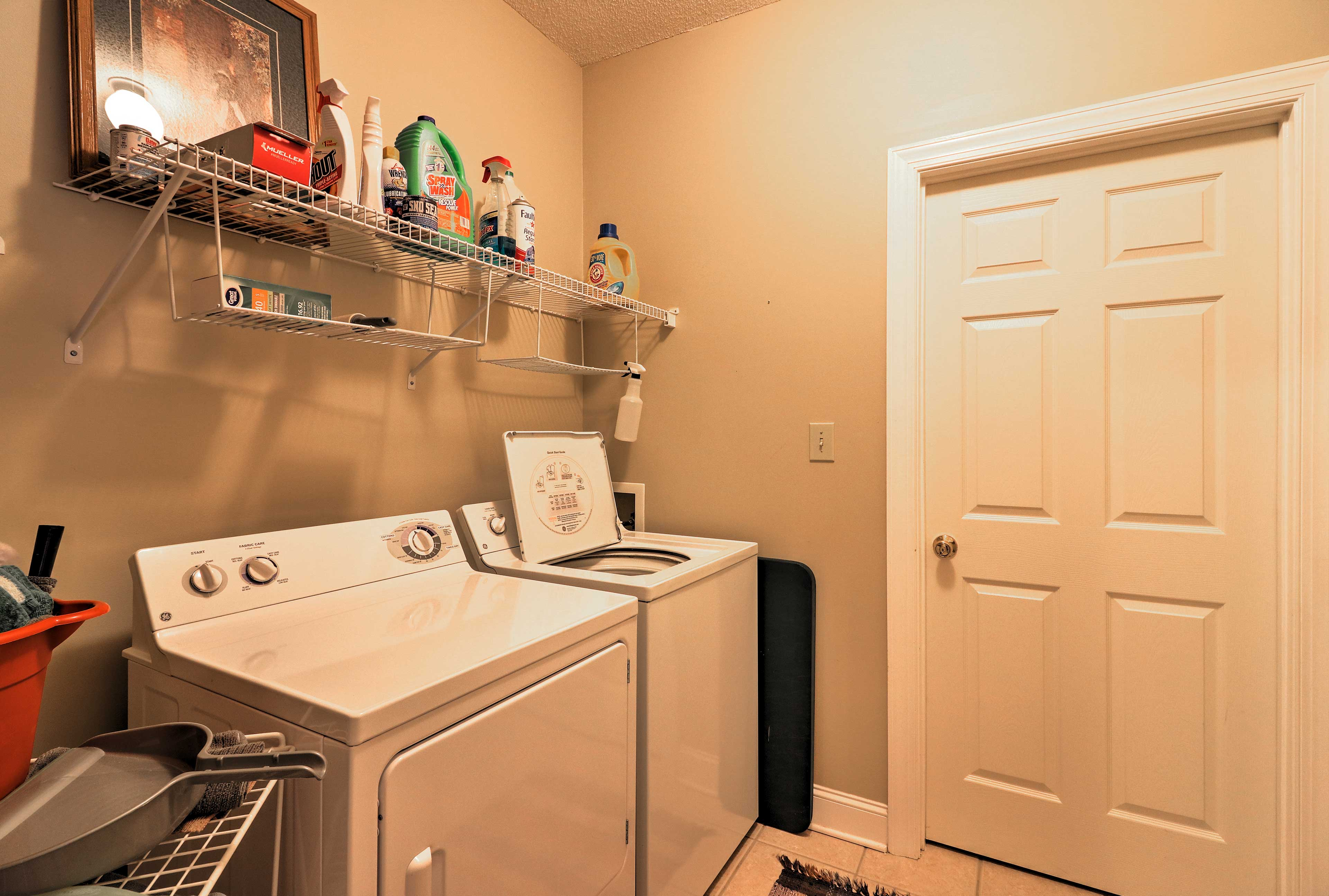 Keep your clothes clean throughout your vacation with in-unit laundry machines.
