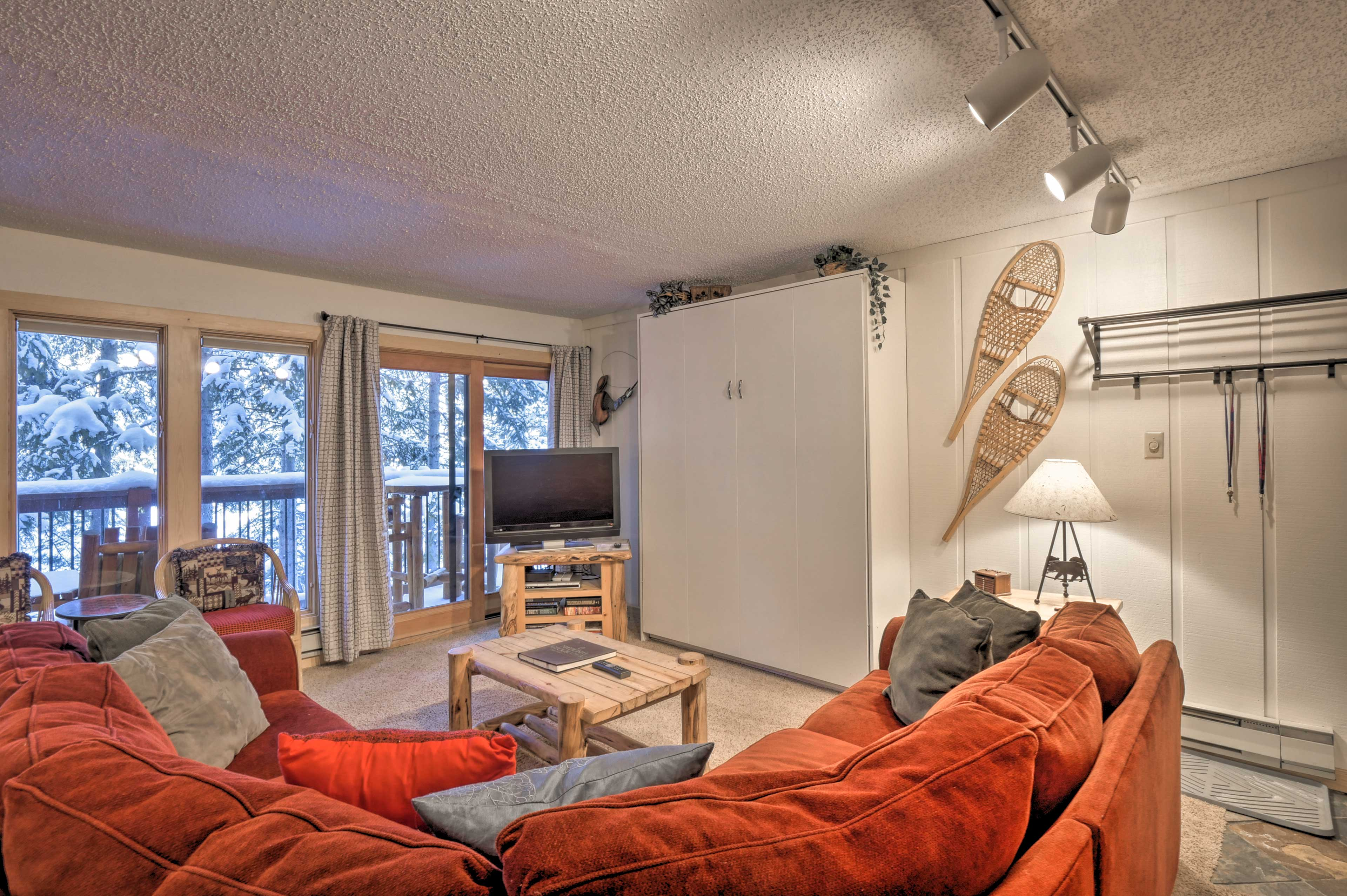 This mountain refuge has all the modern comforts of home.