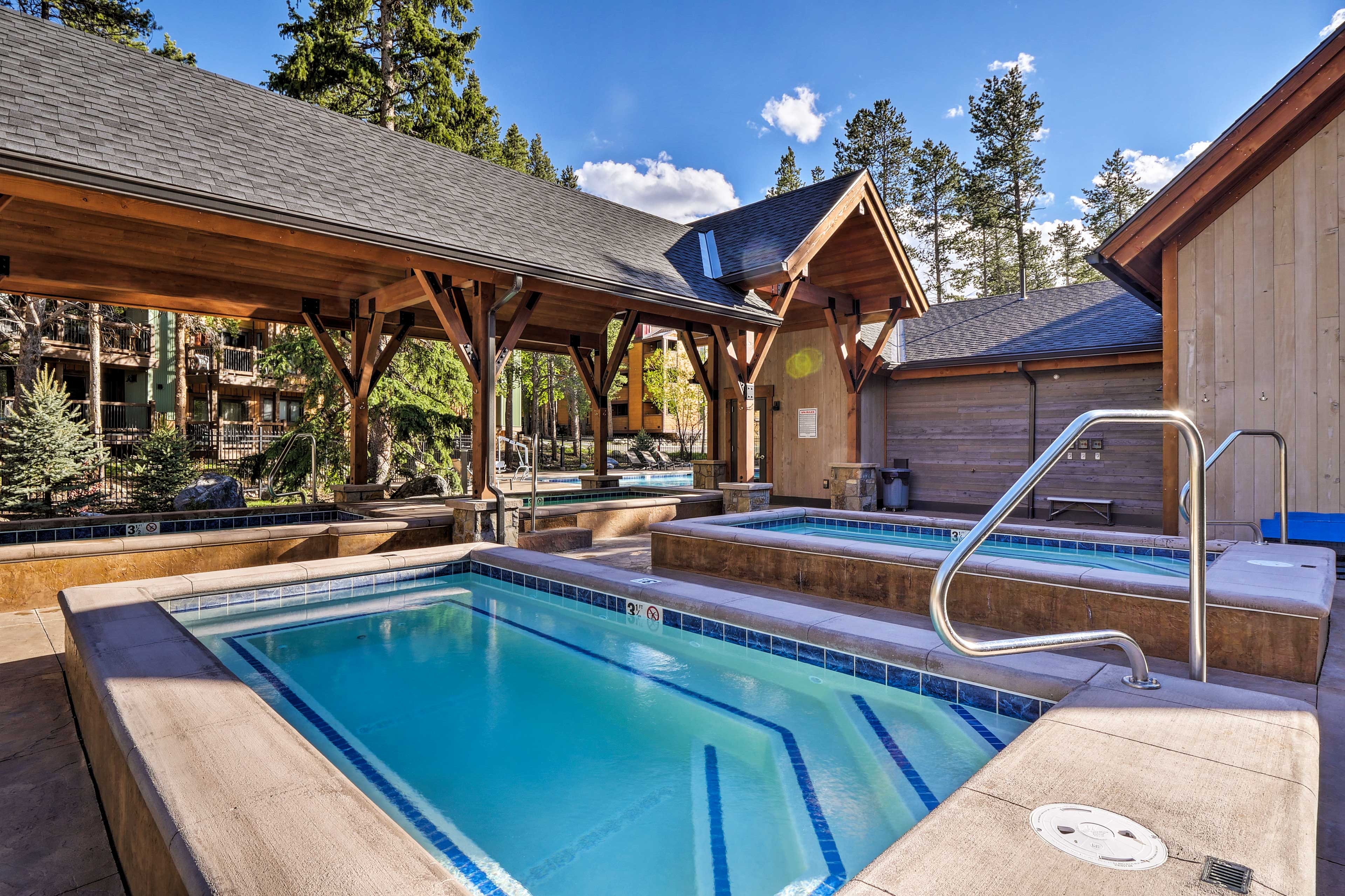 Soaking in the hot tub is the perfect post-ski remedy.