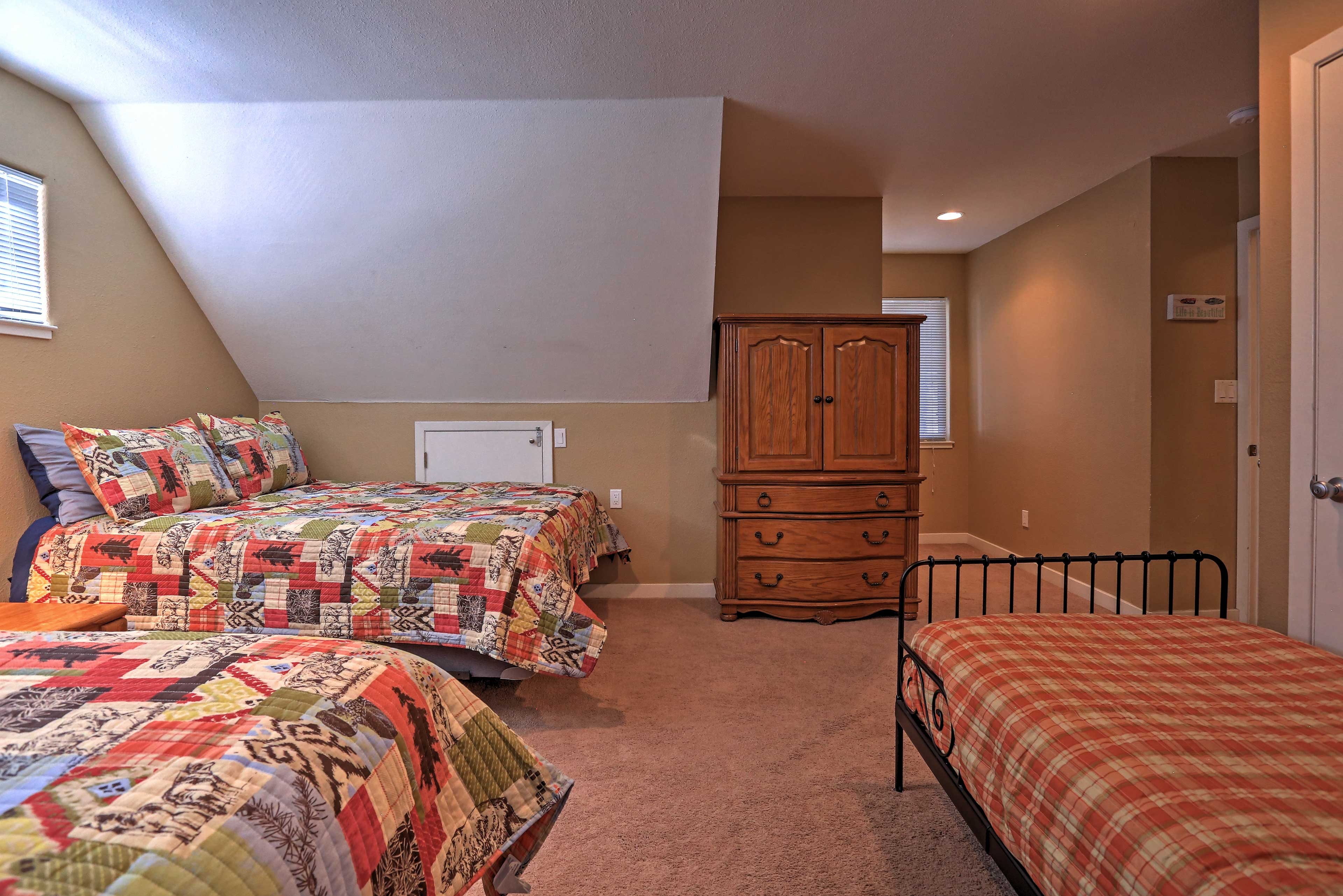 Siblings or friends will love sharing the upstairs bedrooms.