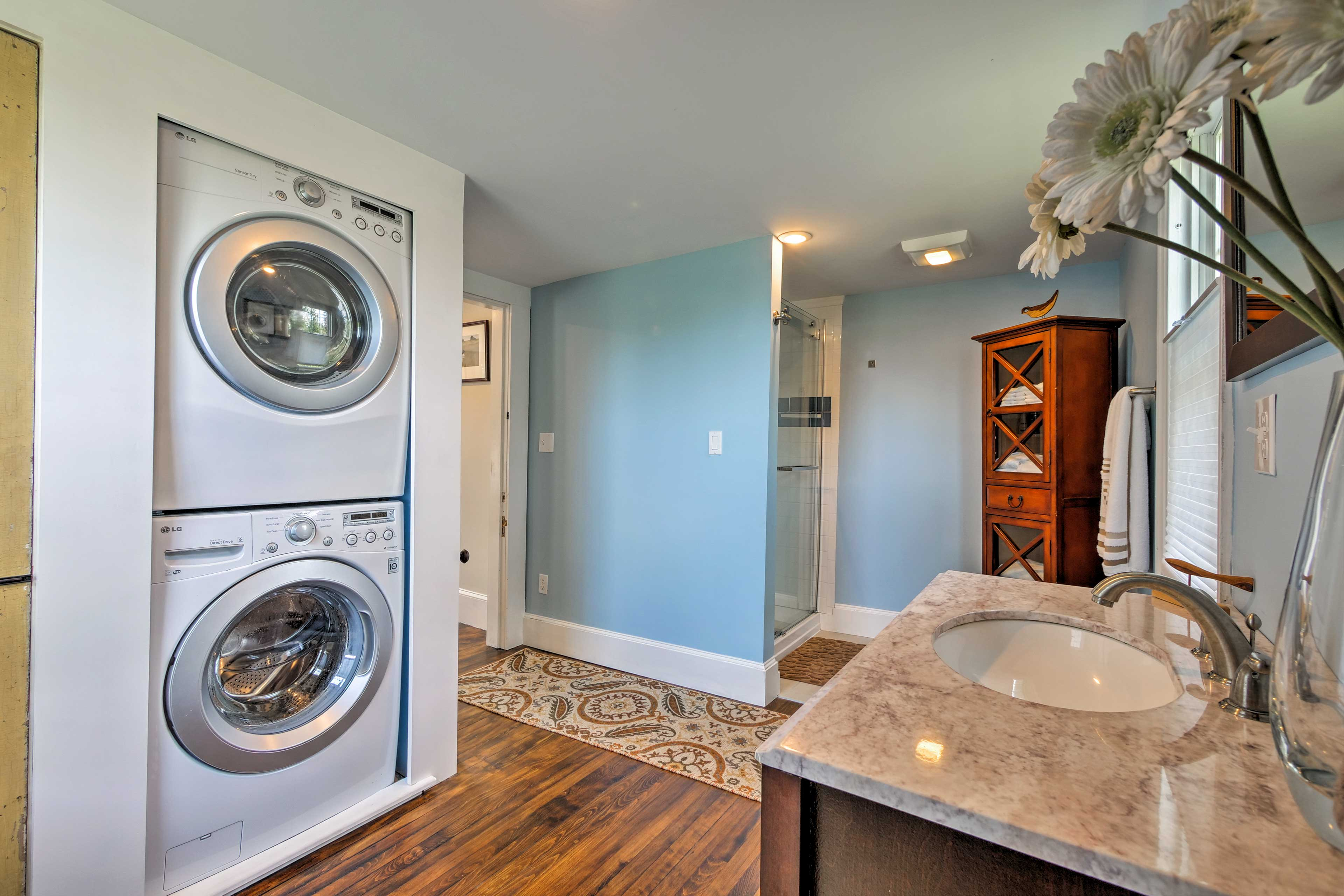Keep your clothes fresh with the washer and dryer.