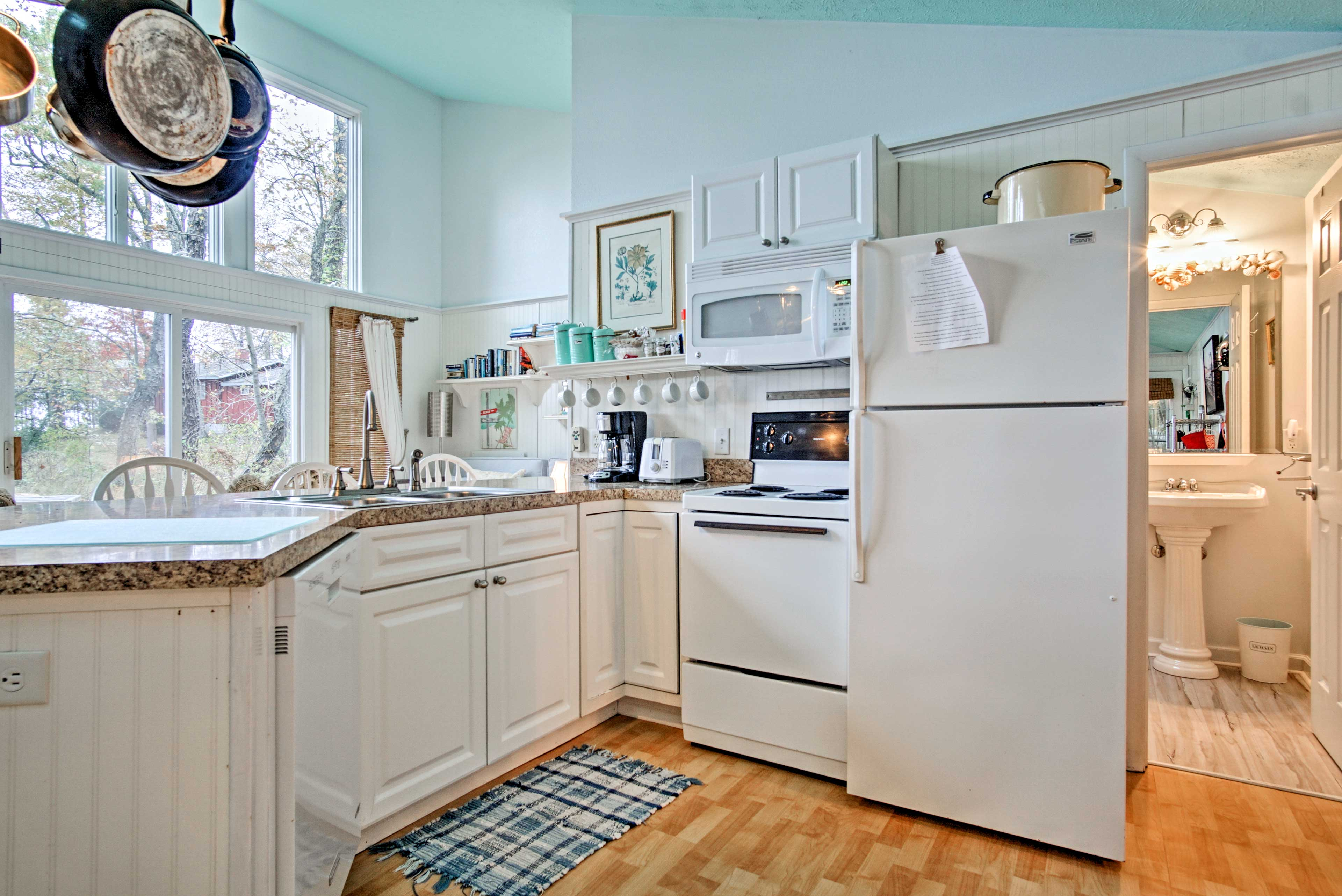 The fully equipped kitchen features everything you need to prepare a home-cooked meal.