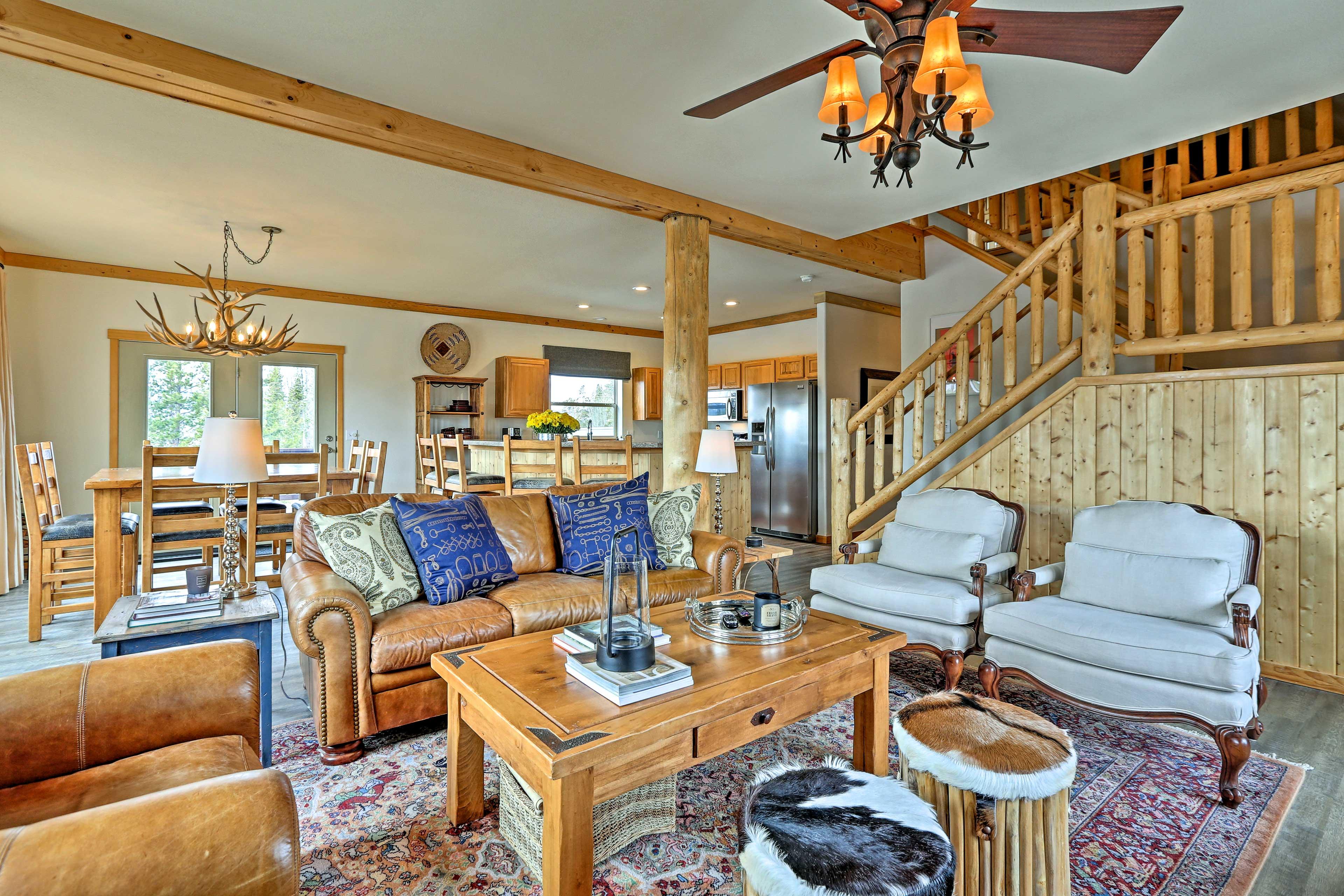 Great Room | 1st Floor | Free WiFi | Wood Fireplace | Heating | Roku TV