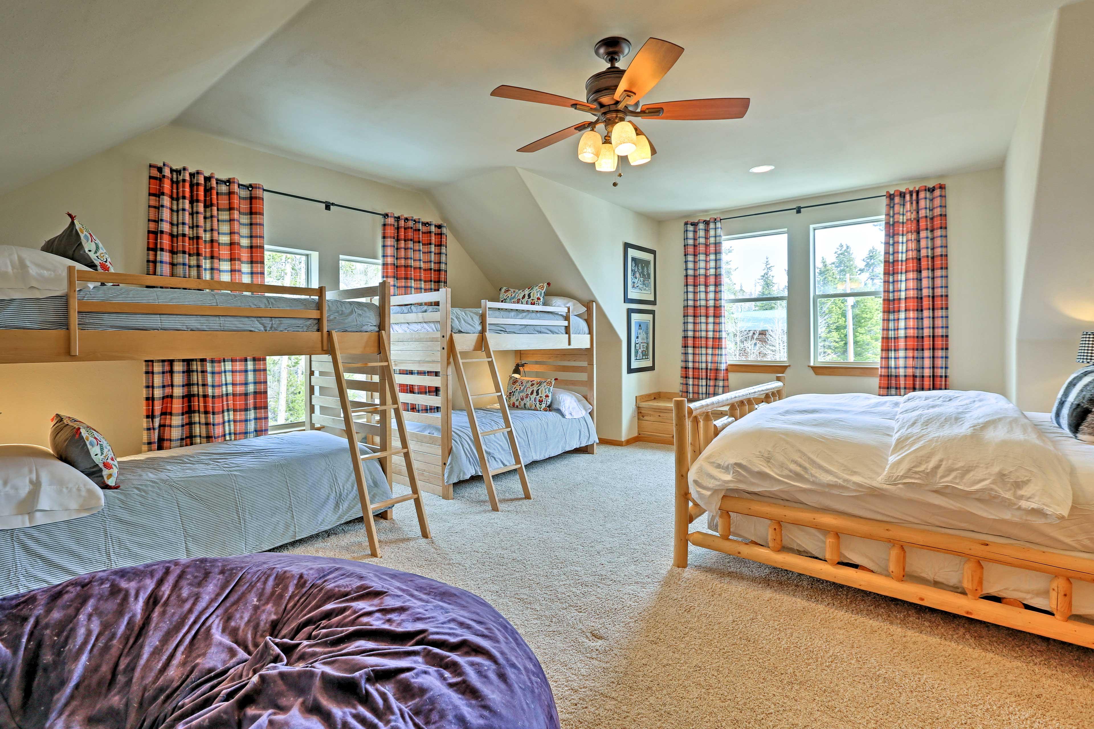Bedroom 5 | 2 Twin Bunk Beds | King Bed | 2nd Floor