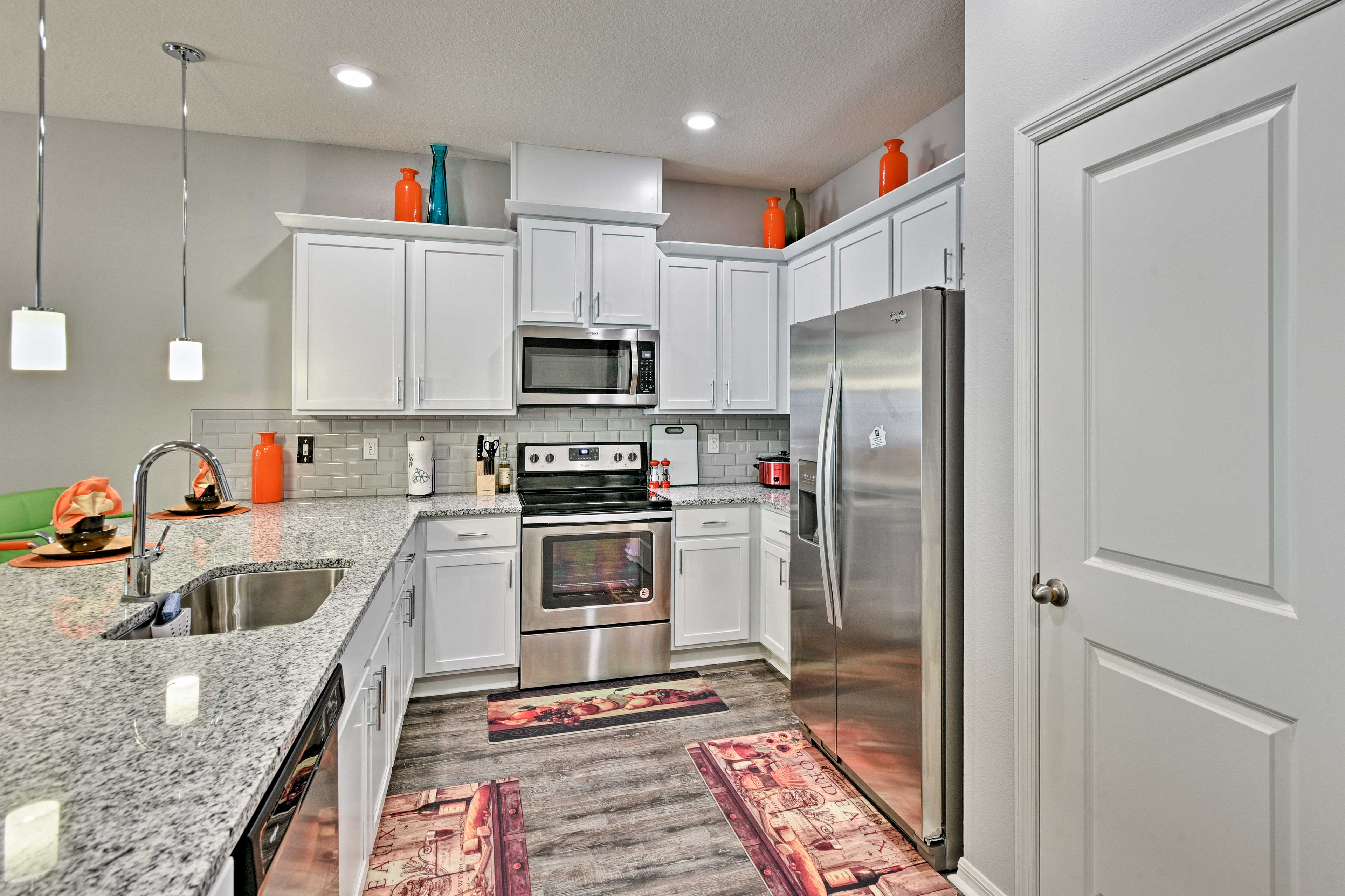 The stainless steel appliances will make cooking a breeze.