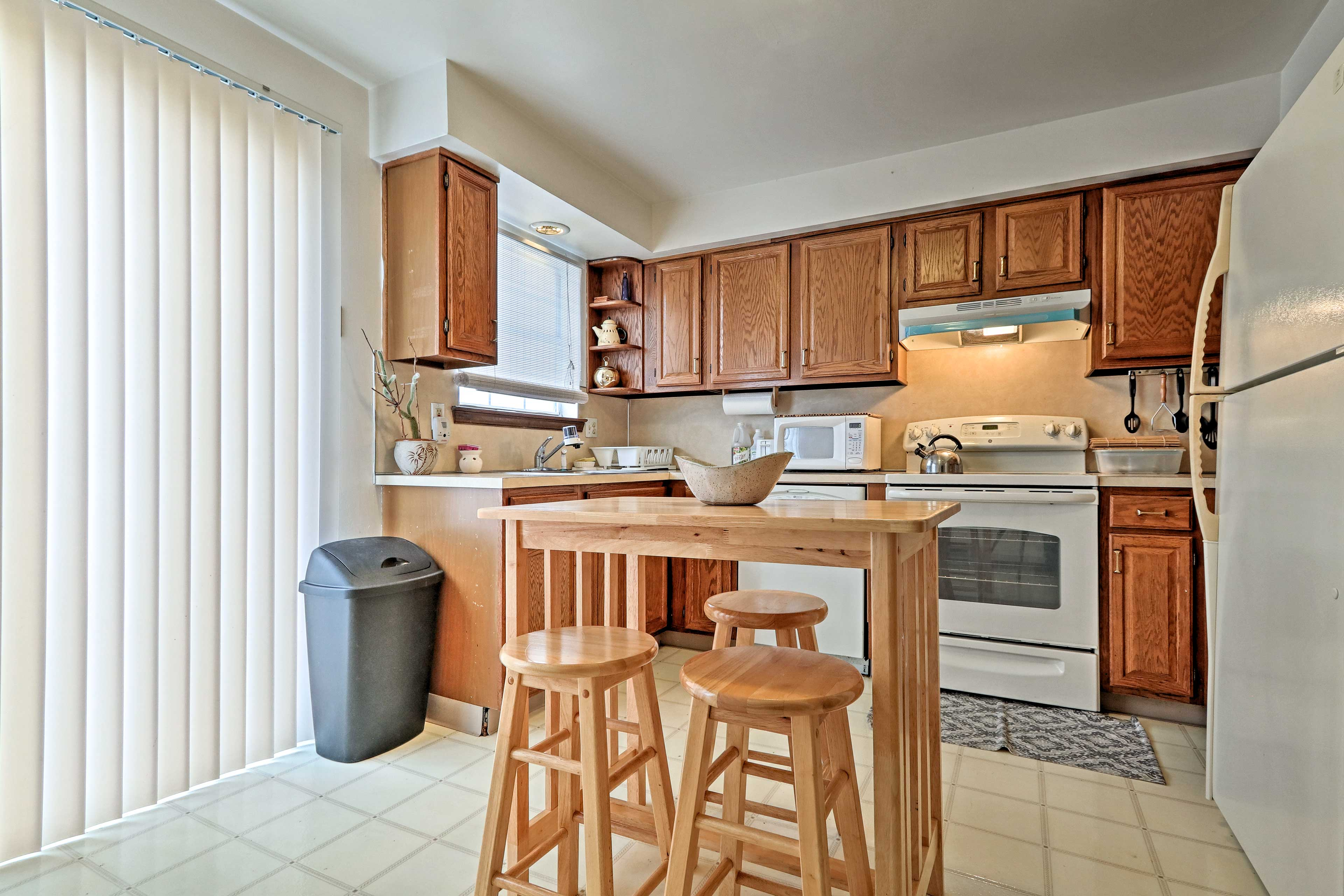 The kitchen comes fully equipped to handle all your favorite recipes.