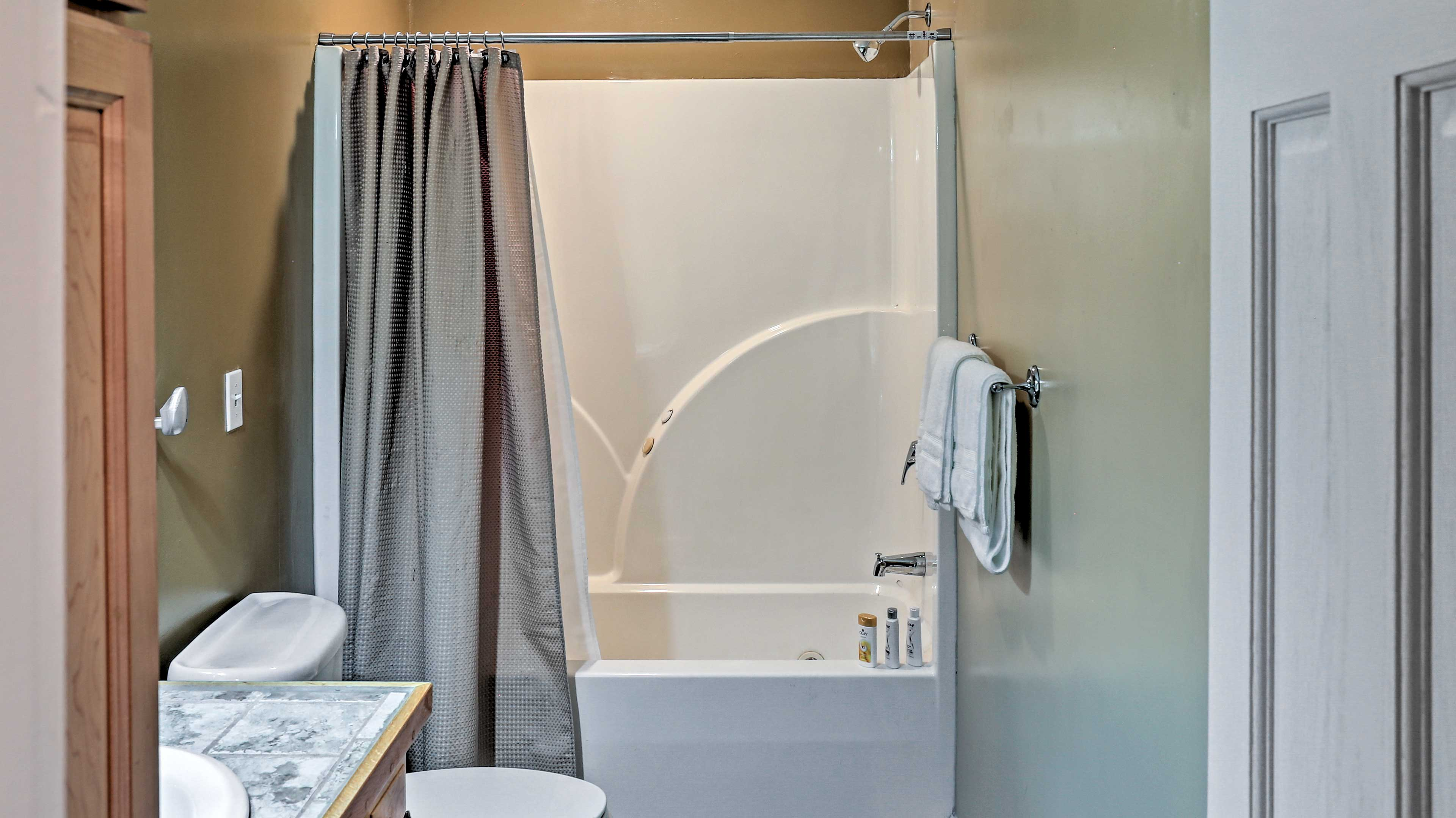 Get freshened up in the second full bathroom.