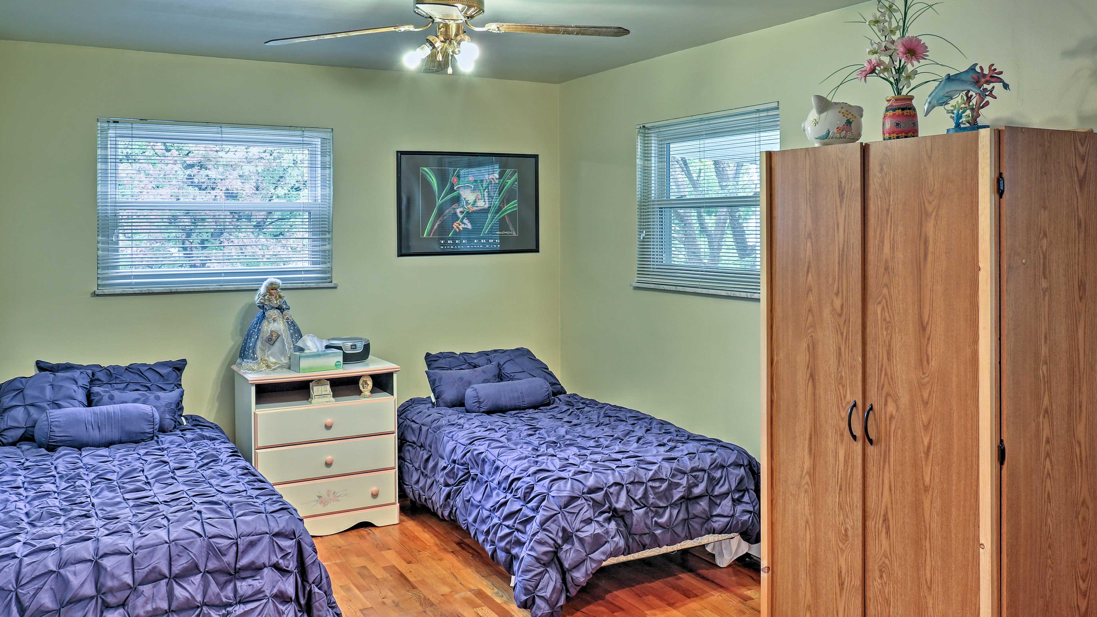 Kids will love the 3rd bedroom with 3 twins and a cot.