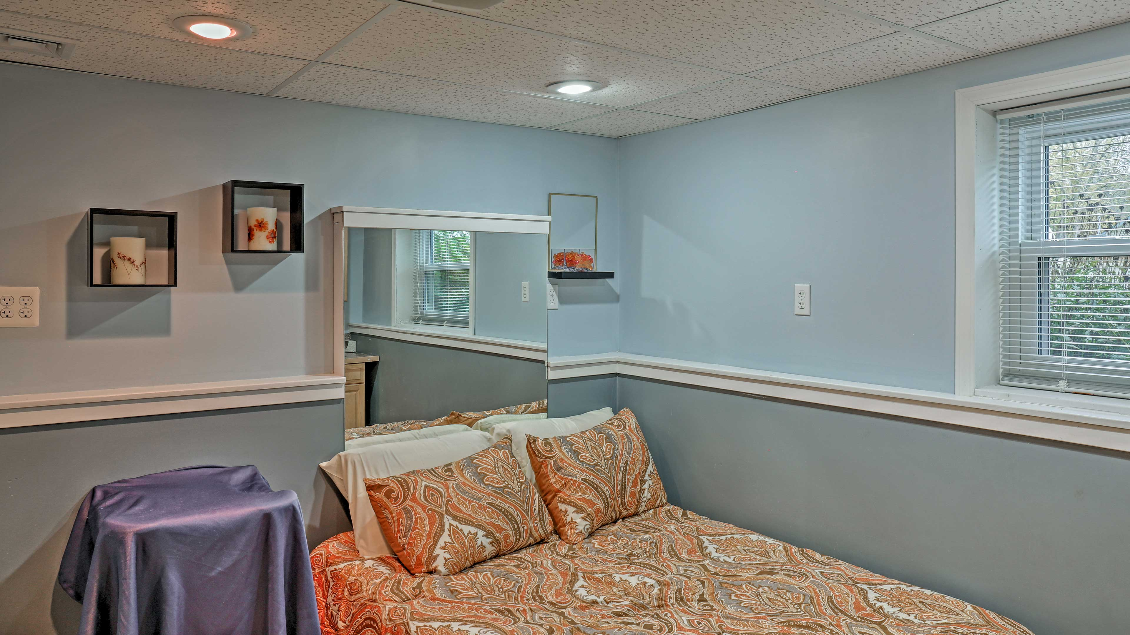 Enjoy a full-sized bed in the fourth and final bedroom of the house.
