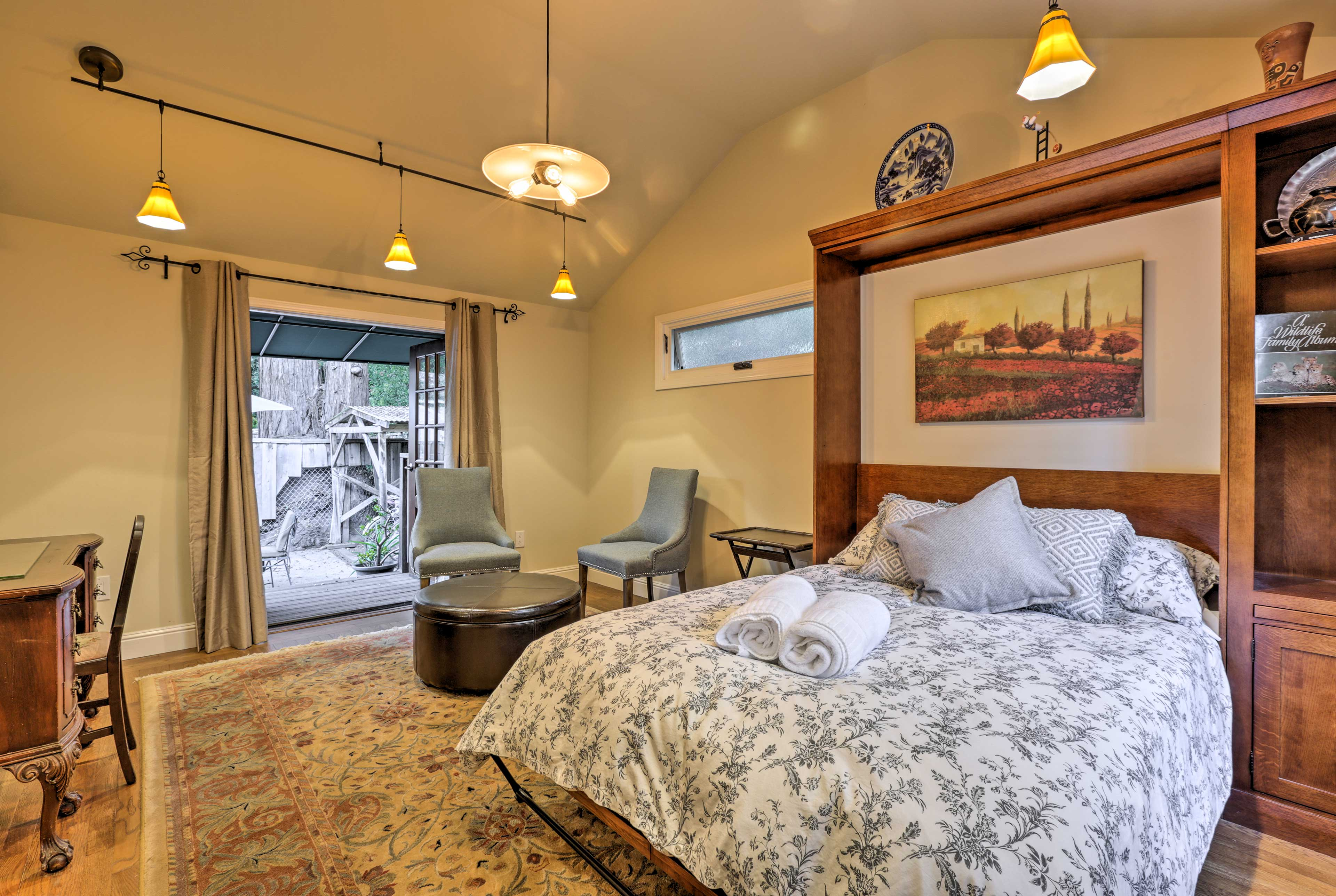 Enjoy peaceful slumbers from the full-sized bed in the bedroom.