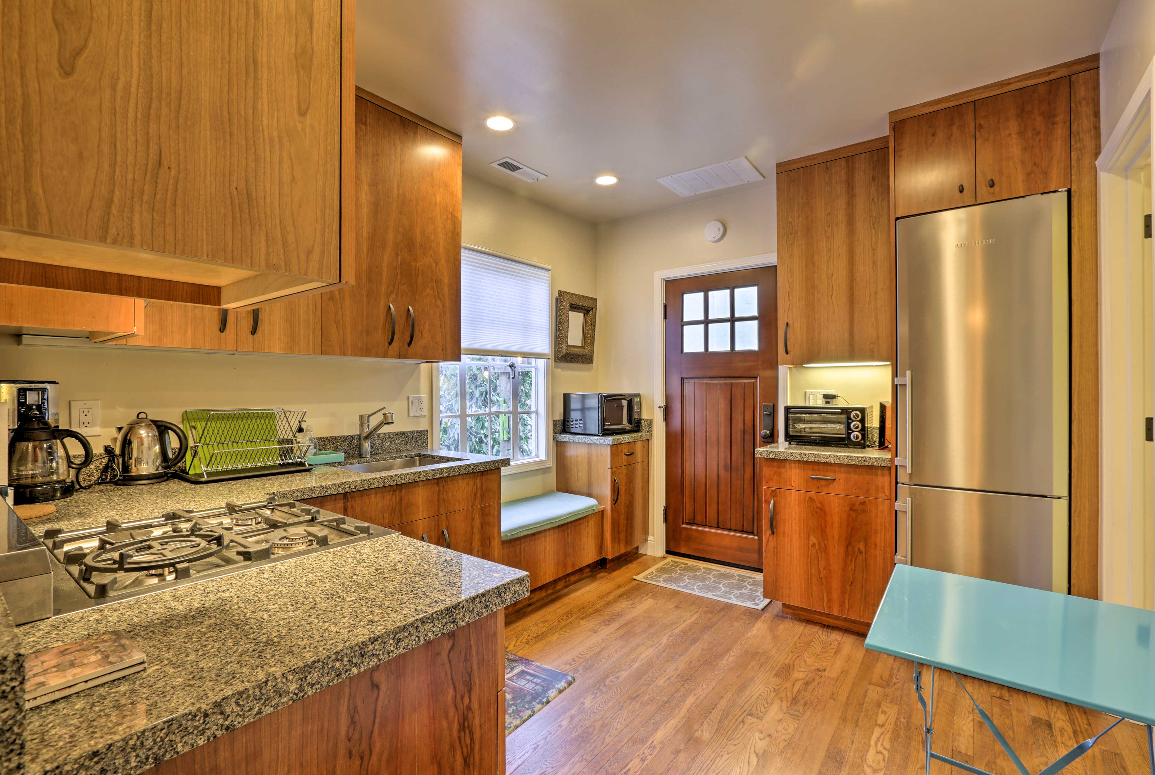 You'll have a fully equipped kitchen to utilize on the nights spent dining in.